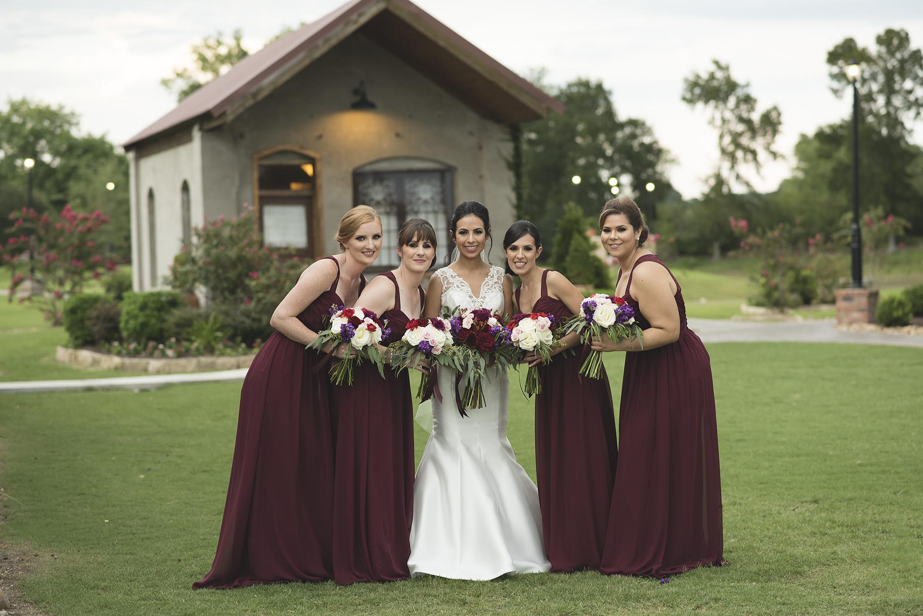 Houston-venue-Olde-Dobbin-Station-Romantic-Classic-Wedding-Photographer-085.jpg