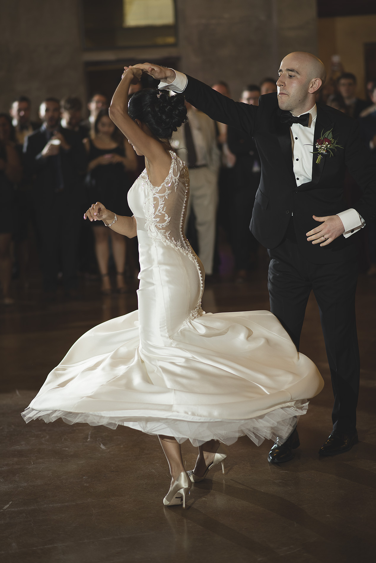 Houston-venue-Olde-Dobbin-Station-Romantic-Classic-Wedding-Photographer-094.jpg