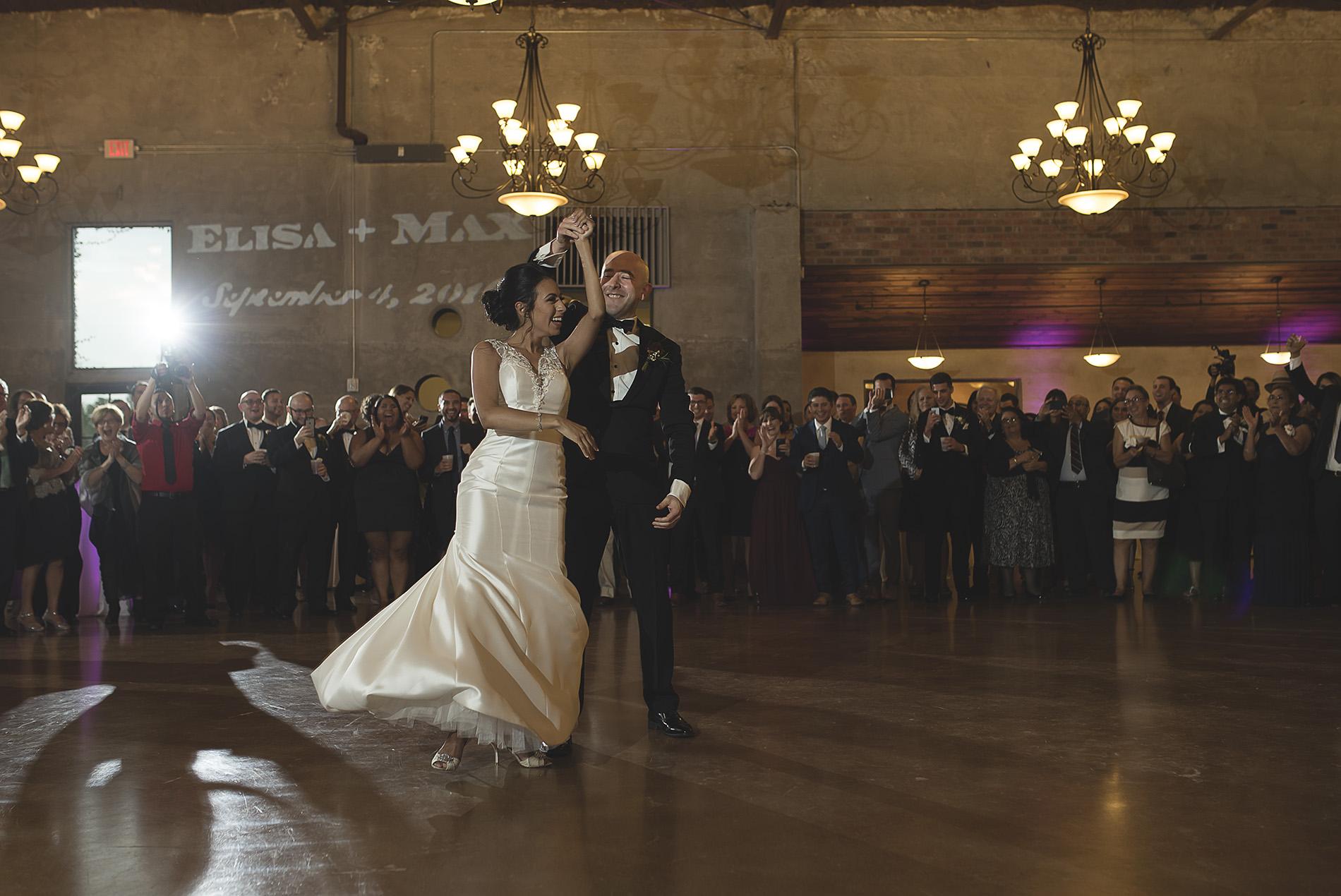 Houston-venue-Olde-Dobbin-Station-Romantic-Classic-Wedding-Photographer-096.jpg