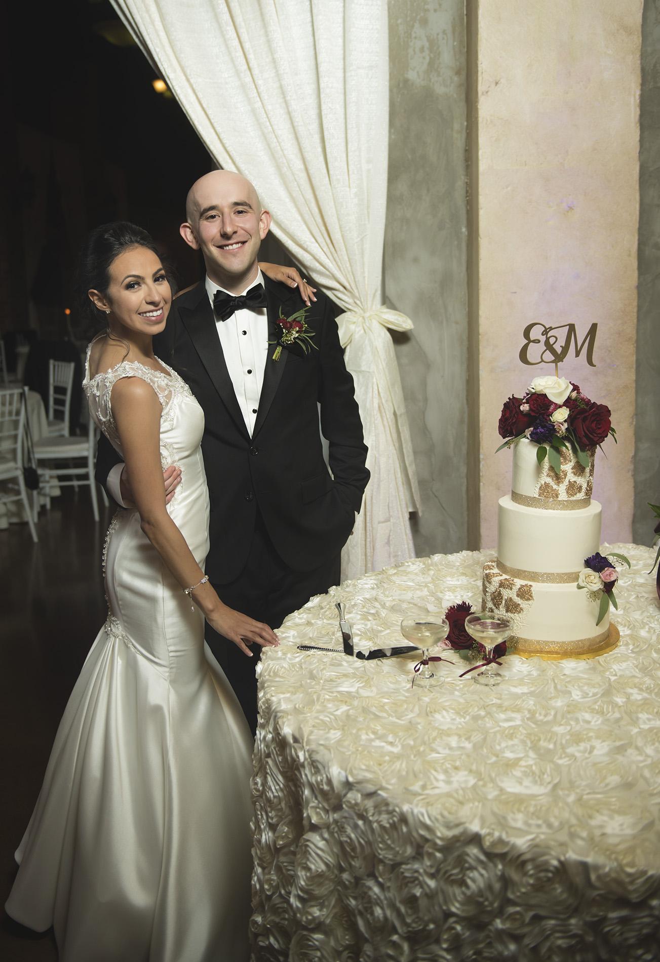 Houston-venue-Olde-Dobbin-Station-Romantic-Classic-Wedding-Photographer-104.jpg