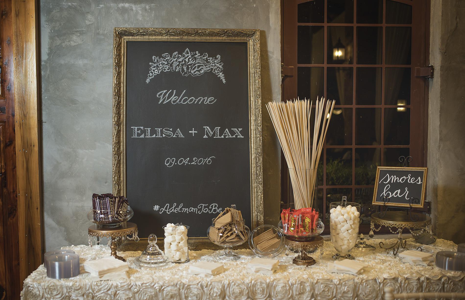 Houston-venue-Olde-Dobbin-Station-Romantic-Classic-Wedding-Photographer-103.jpg