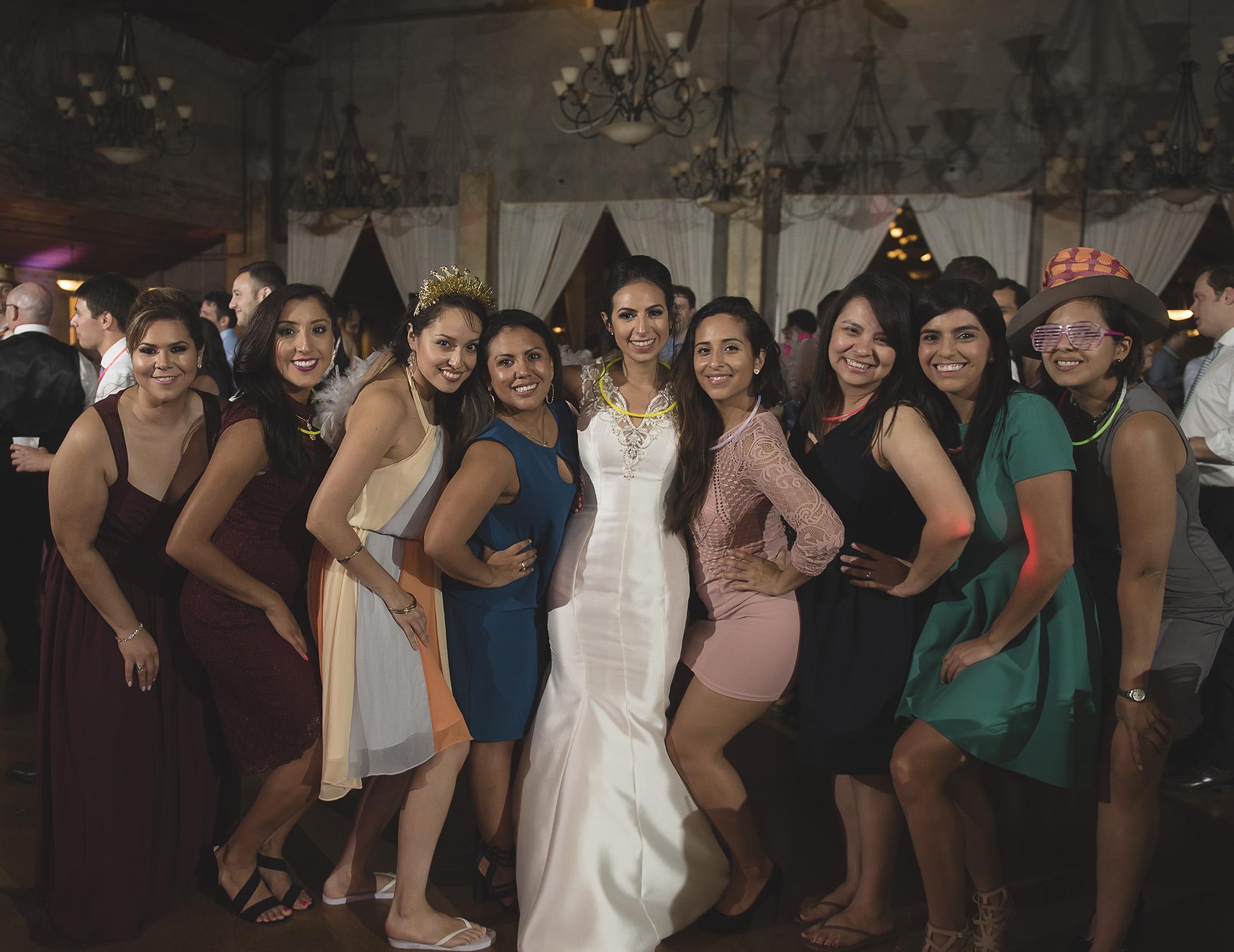 Houston-venue-Olde-Dobbin-Station-Romantic-Classic-Wedding-Photographer-120.jpg