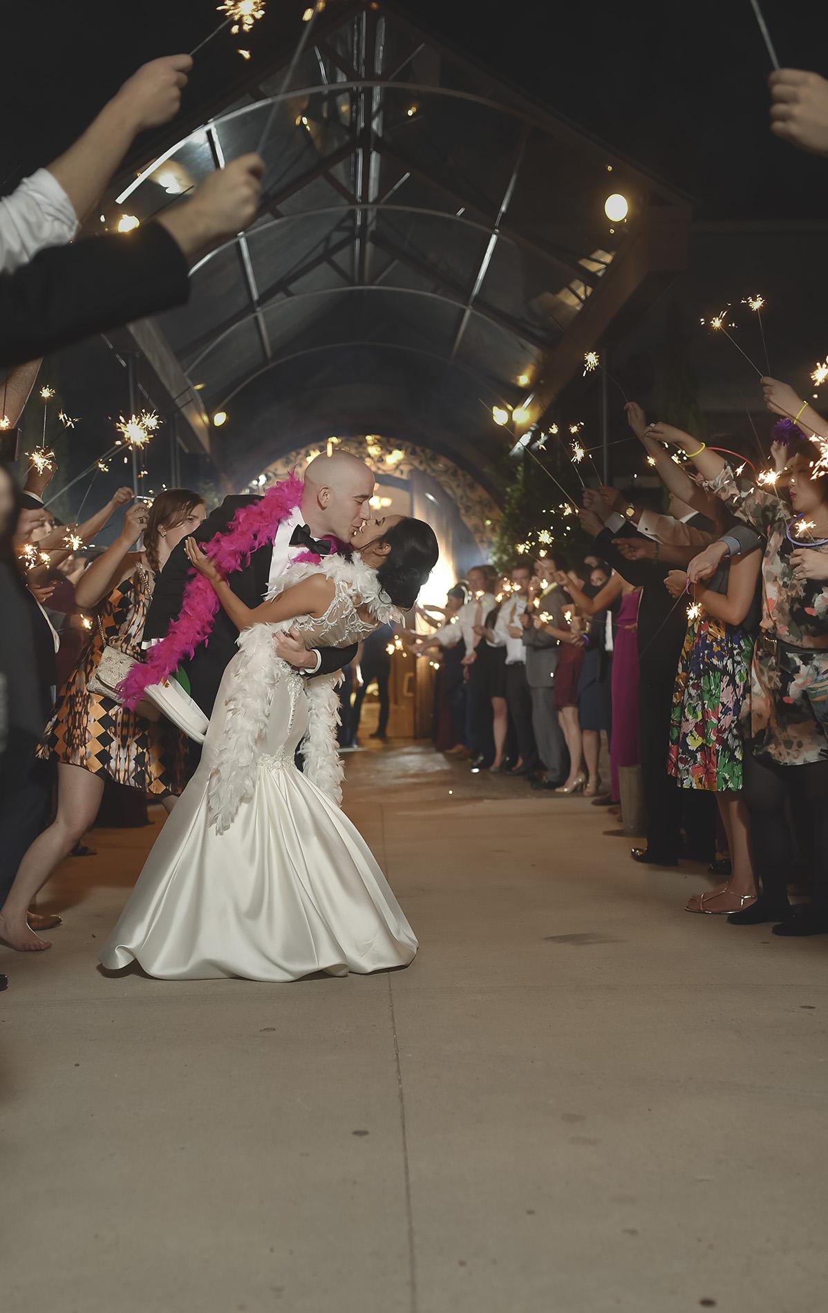 Houston-venue-Olde-Dobbin-Station-Romantic-Classic-Wedding-Photographer-125.jpg