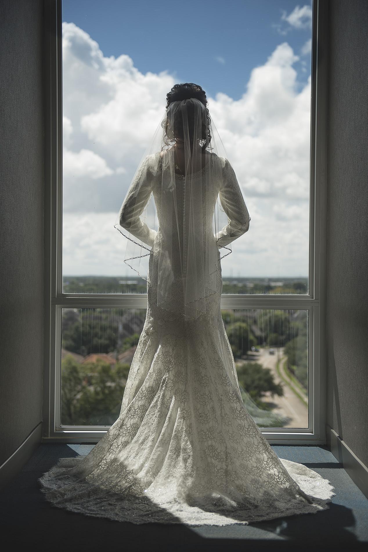 Aloft-hotel-houston-texas-bridal-wedding-photography