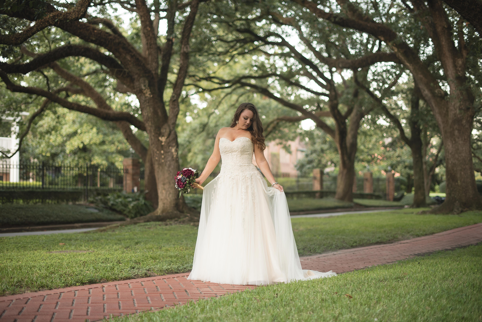 Boulevard-Oaks-Houston-Bridal-photo-session-kim-29.jpg