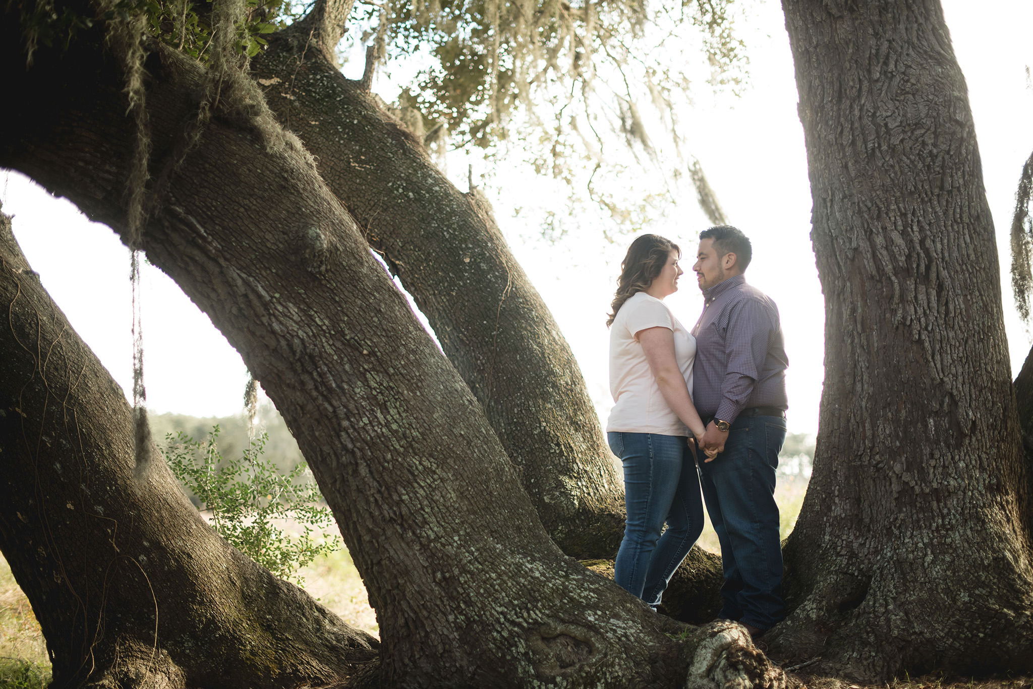 Brazos-Bend-State-Park-outdoor-lifestyle-engagement-photographer