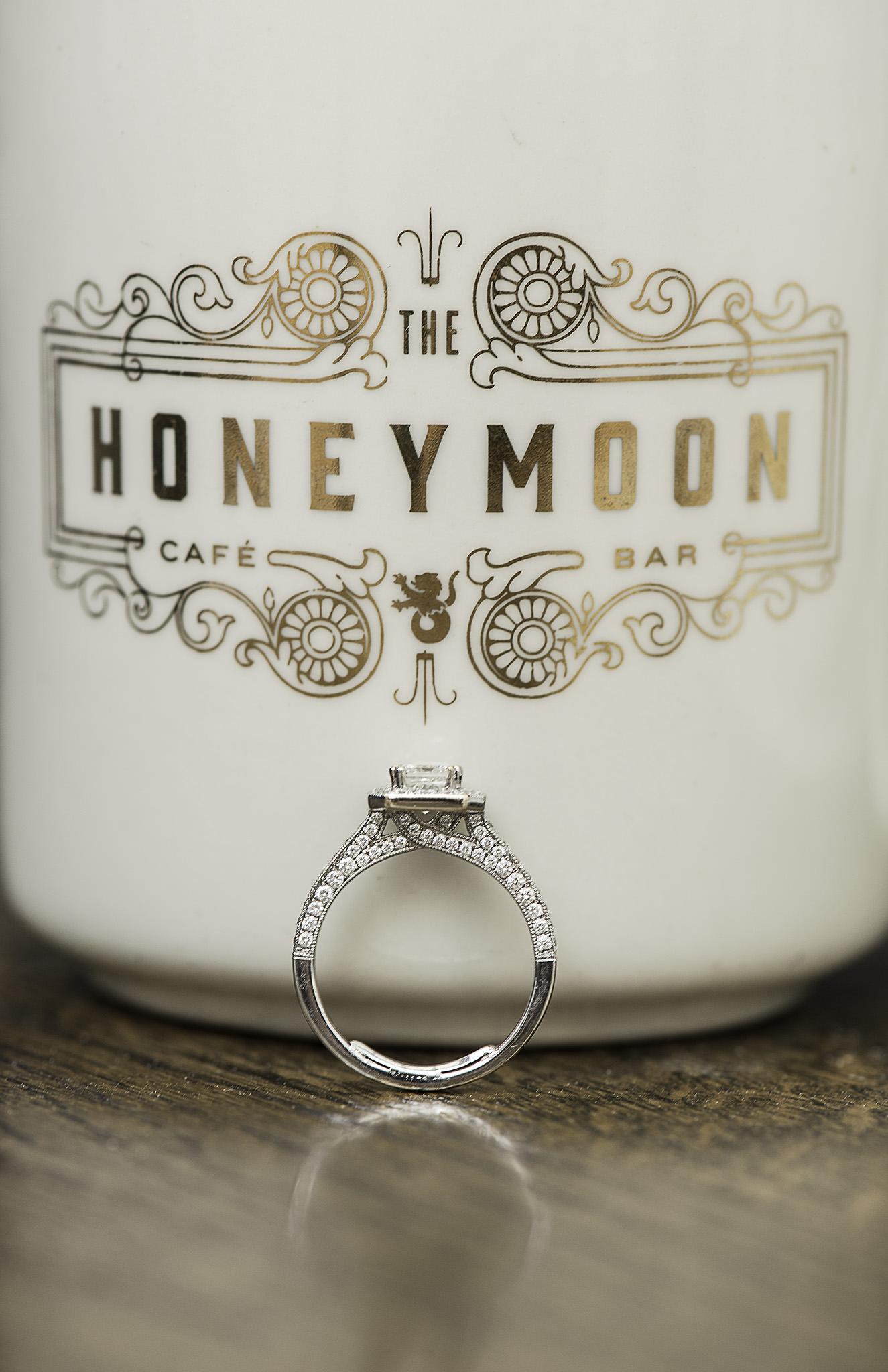 Houston-main-street-honeymoon-cafe-coffee-lifestyle-engagement-photography