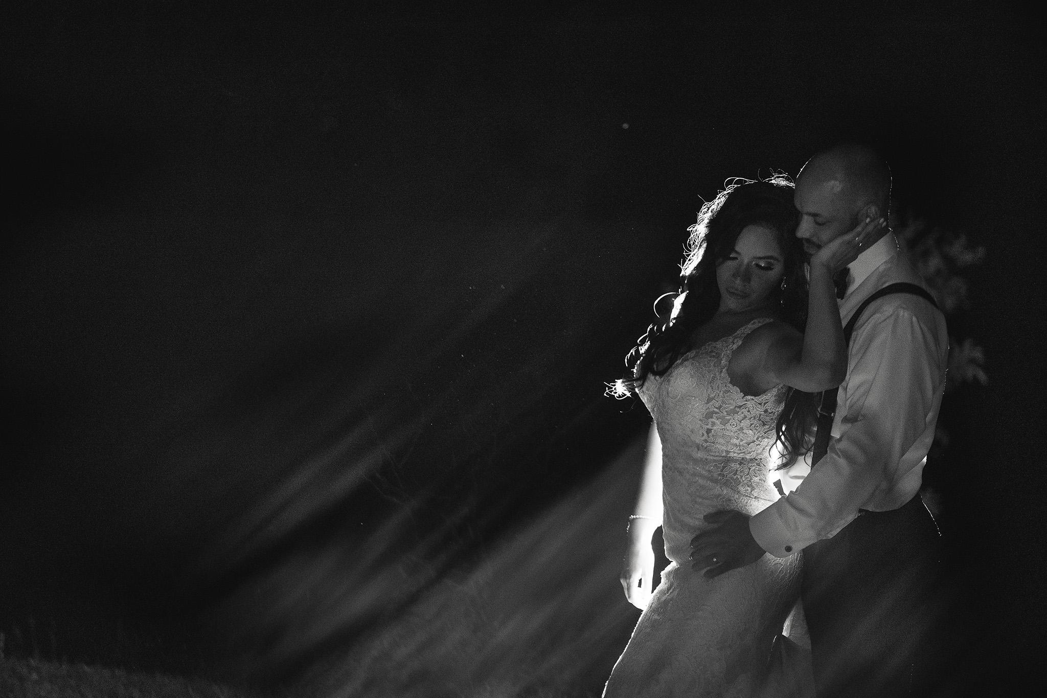 Mia-BellaVita-Tomball-Houston-classy-elegant-wedding-photographer