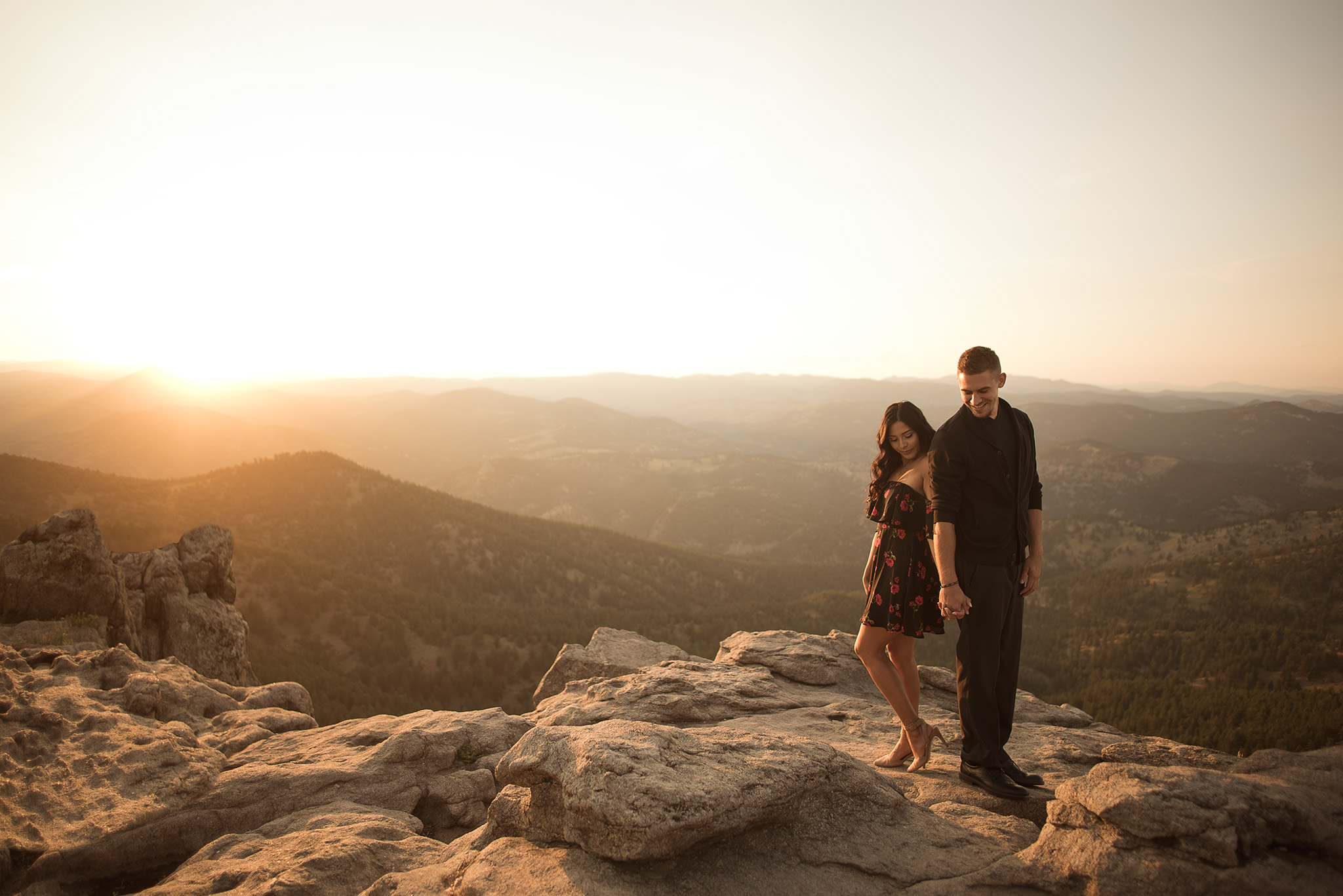 Boulder-colorado-lost-gulch-outlook-engagement-session-mountain-top