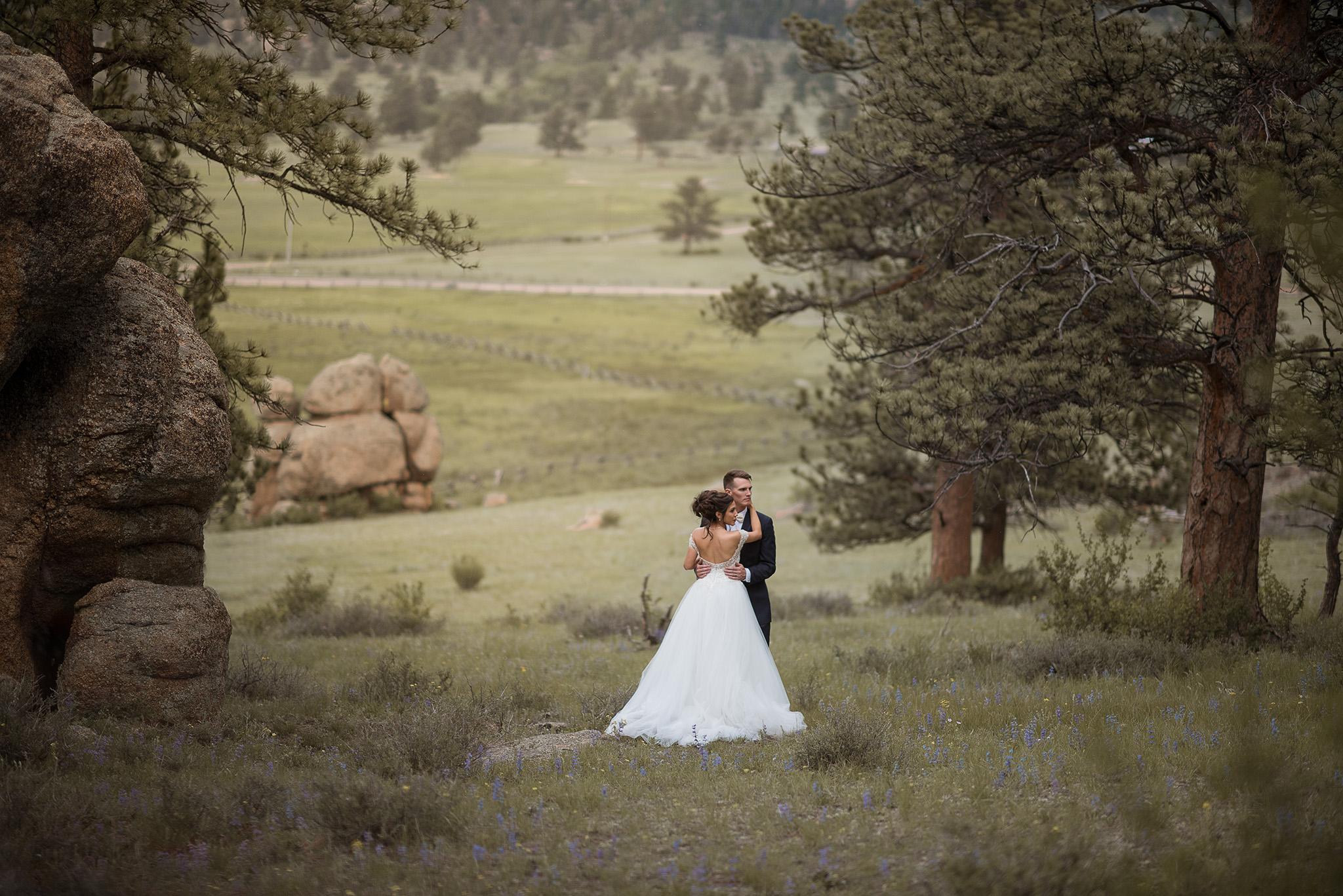 Estes-park-colorado-rocky-mountain-adventure-engagement-elopement-photographer-houston-texas
