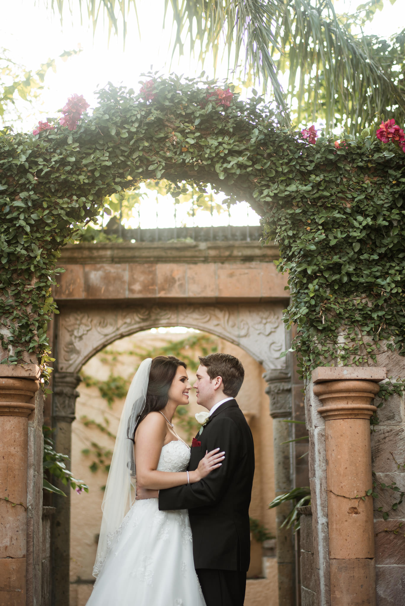 Las-Velas-Houston-tuscan-intimate-wedding-venue-photographer
