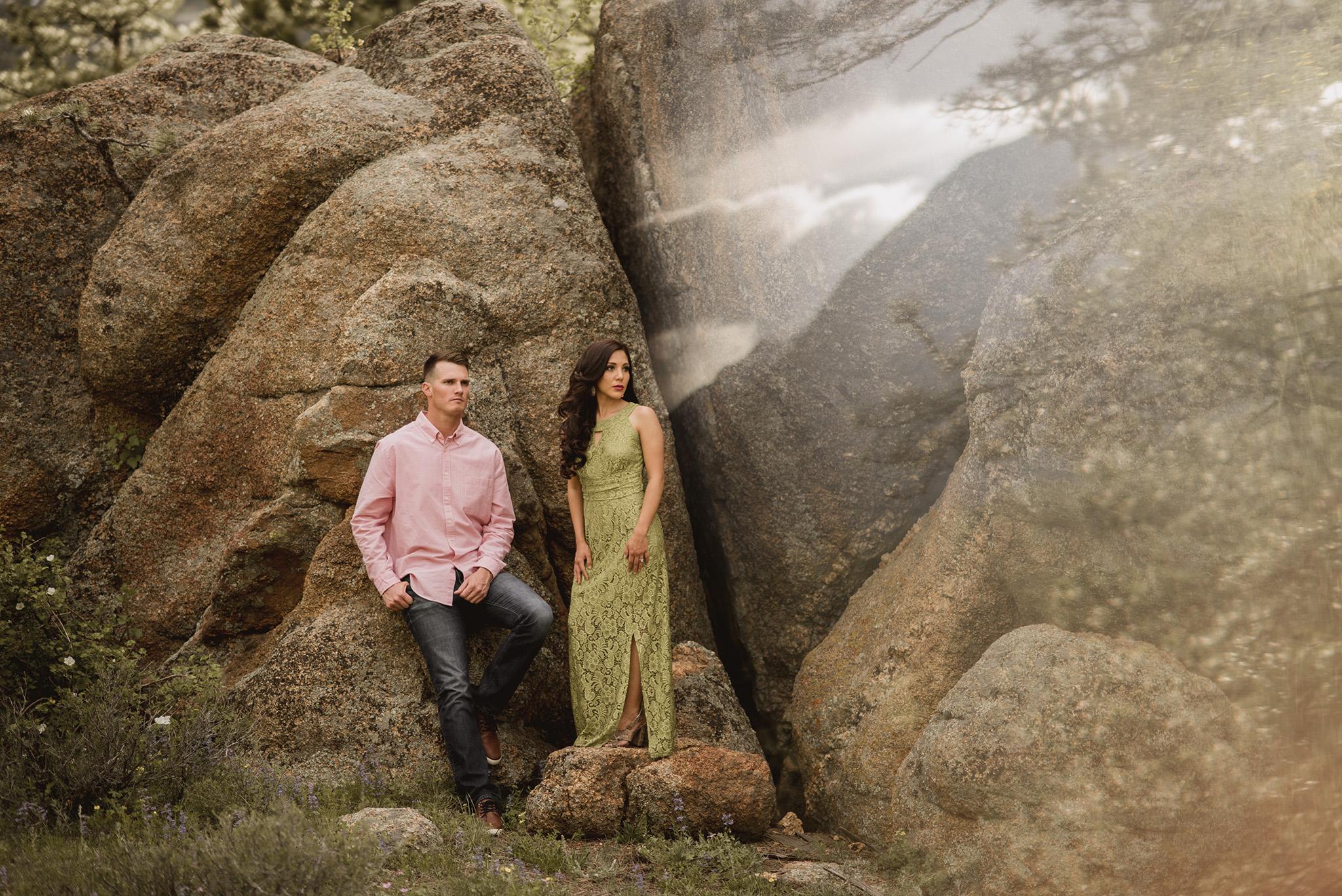 Estes-park-colorado-black-canyon-inn-engagement-photographer
