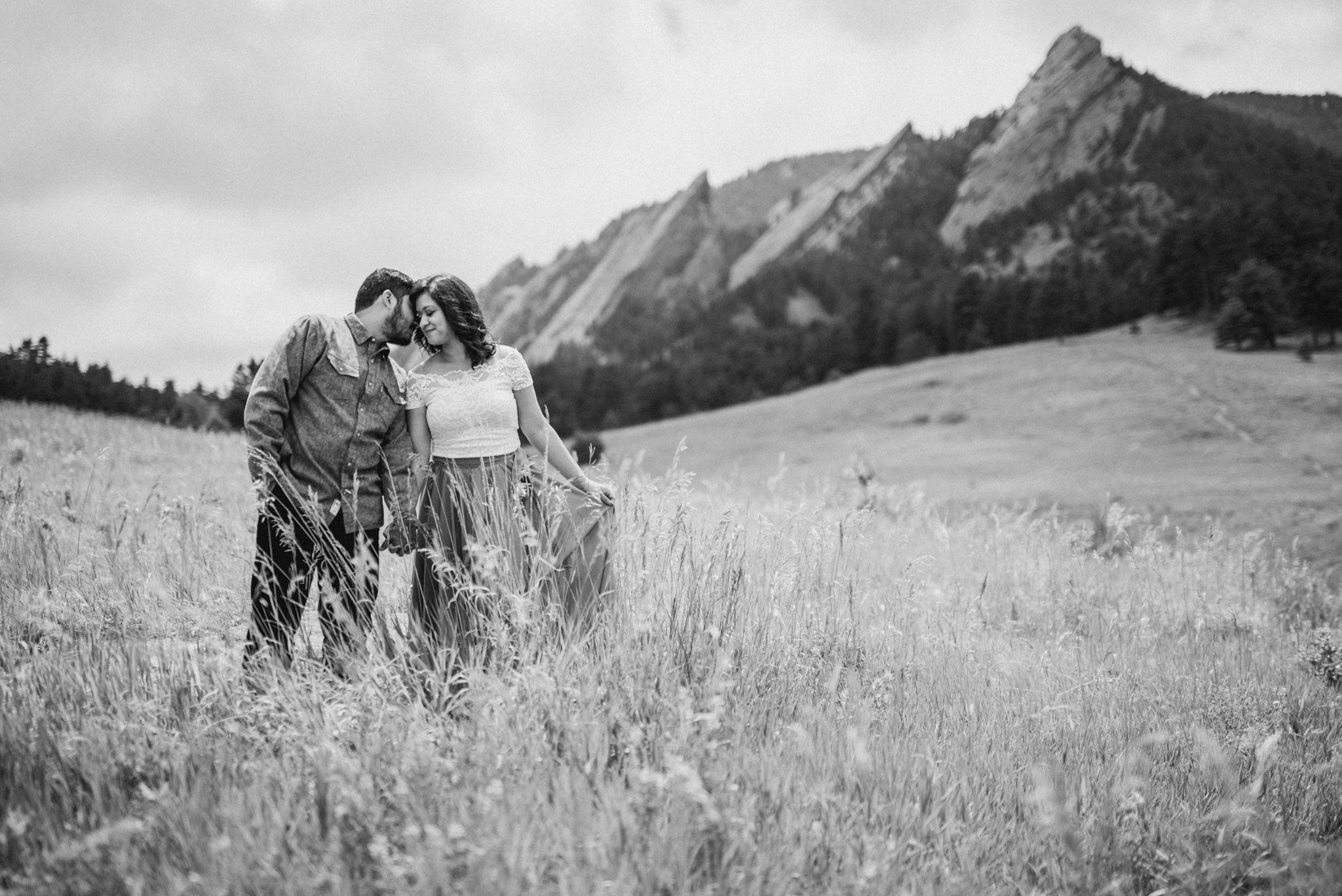 Boulder-Colorado-engagement-Houston-adventure-elopement-photographer-mountain-Chautauqua-park