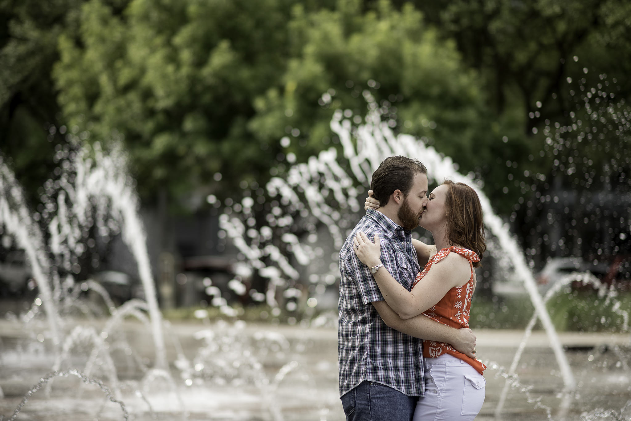 Houston-Discovery-green-Park-engagement-session-photography