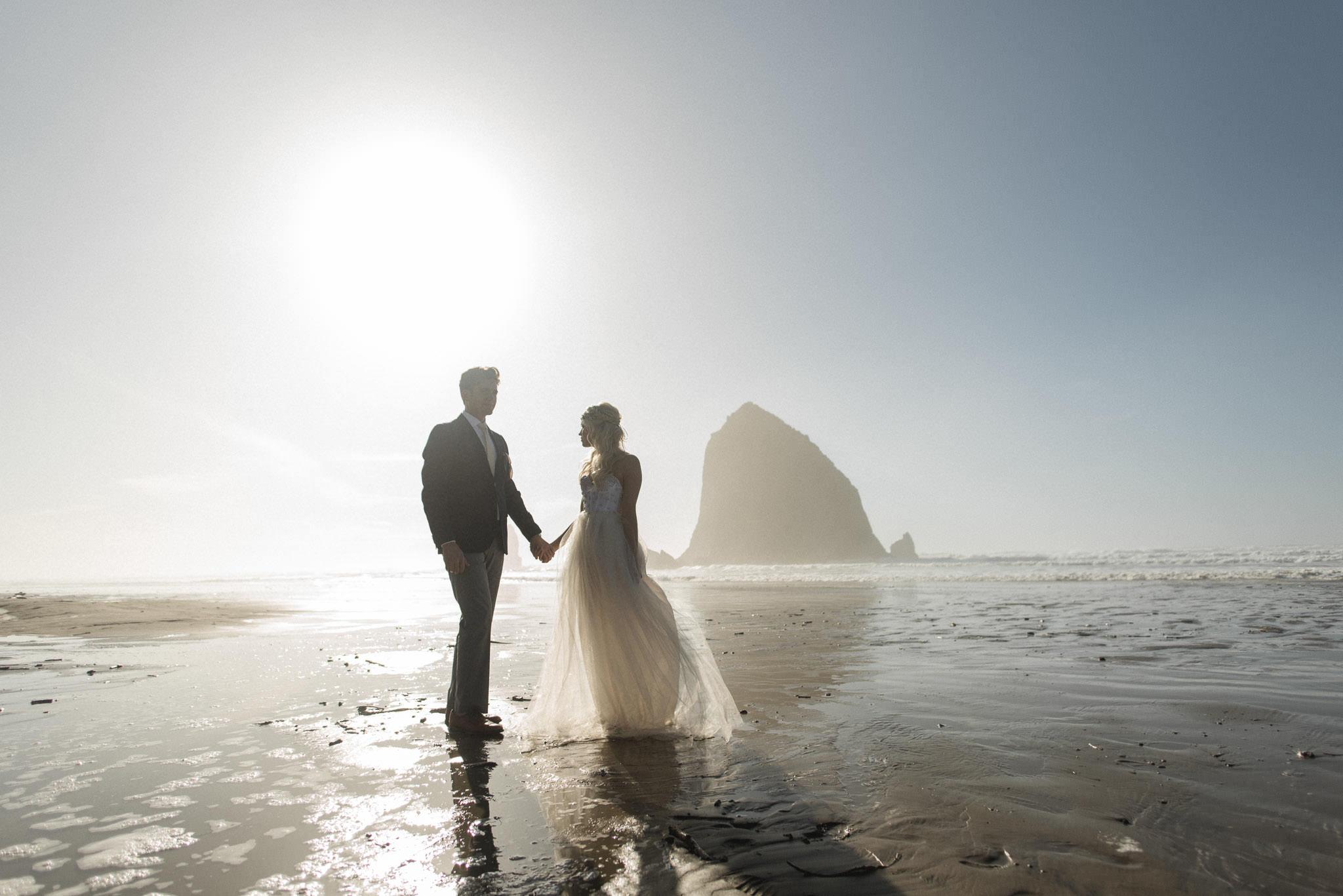 Cannon-Beach-Oregon-Adventure-elopement-engagement-photographer-haystack-rock-3