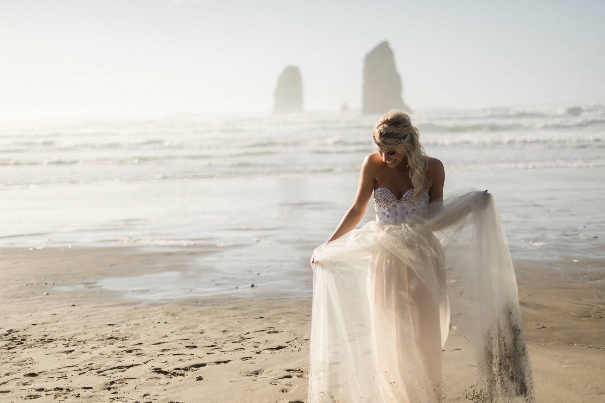 Cannon-Beach-Oregon-Adventure-elopement-engagement-photographer-haystack-rock