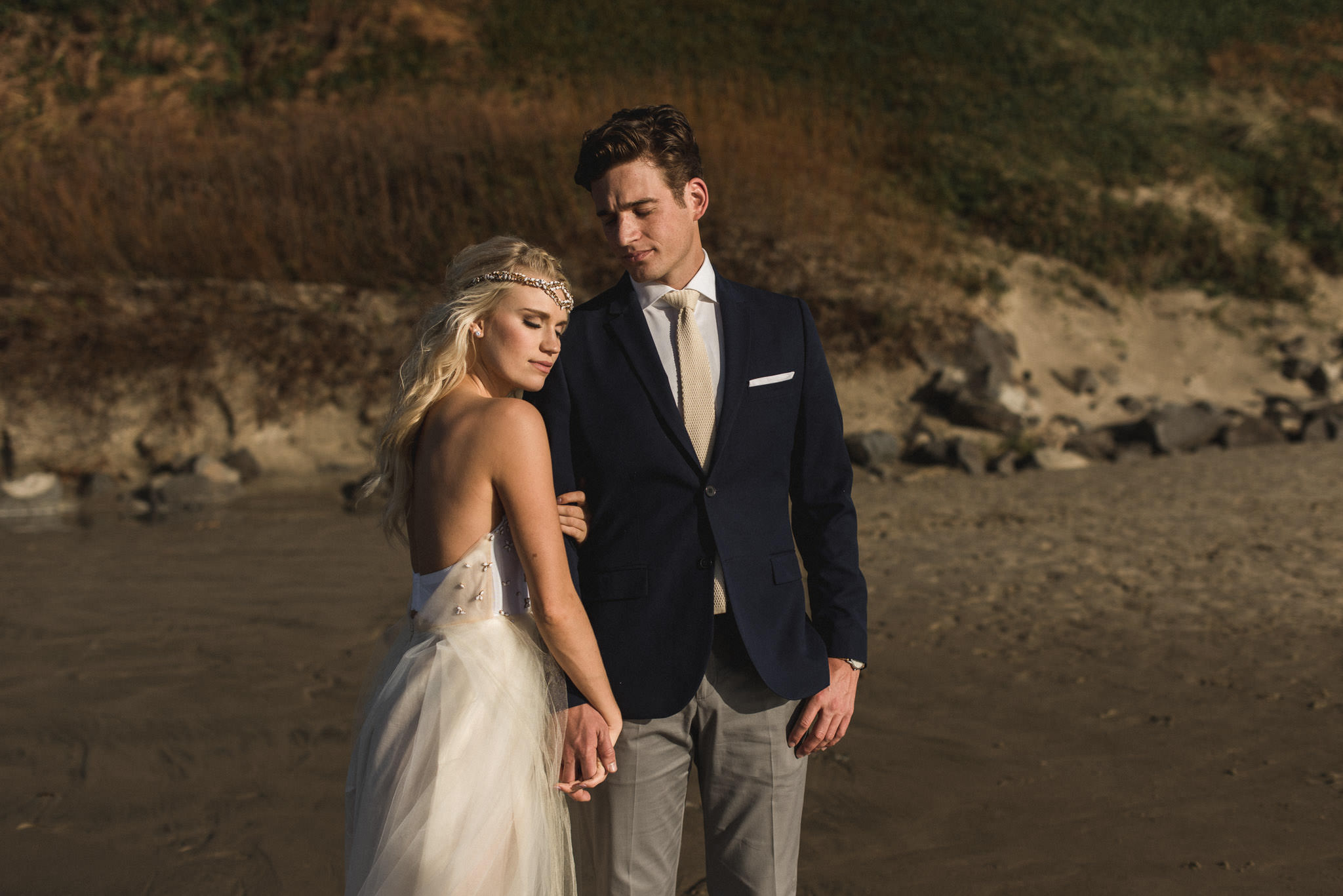 Cannon-Beach-Oregon-Adventure-elopement-engagement-photographer-17