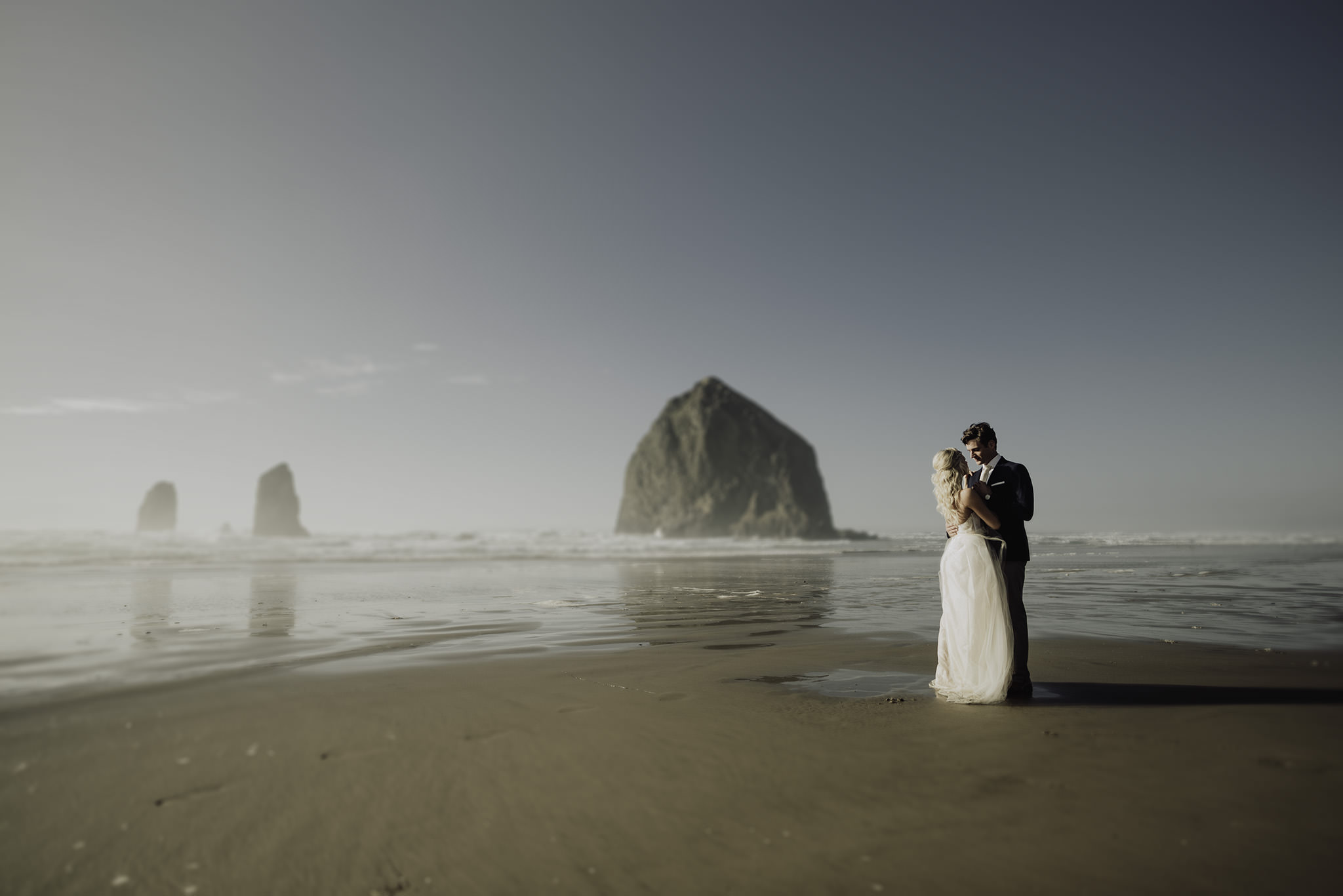 Cannon-Beach-Oregon-Adventure-elopement-engagement-photographer-24