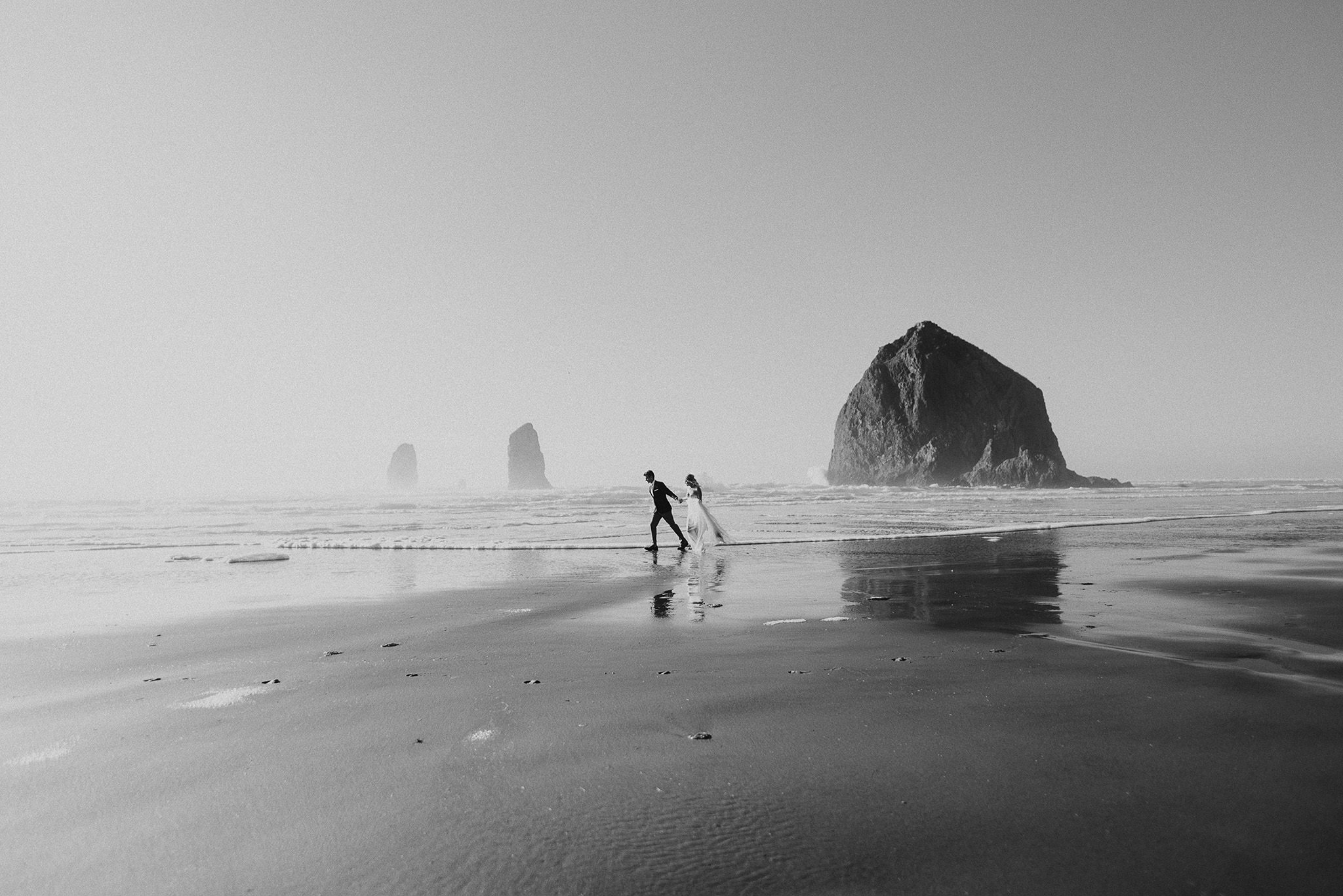 Cannon-Beach-Oregon-Adventure-elopement-engagement-photographer-27