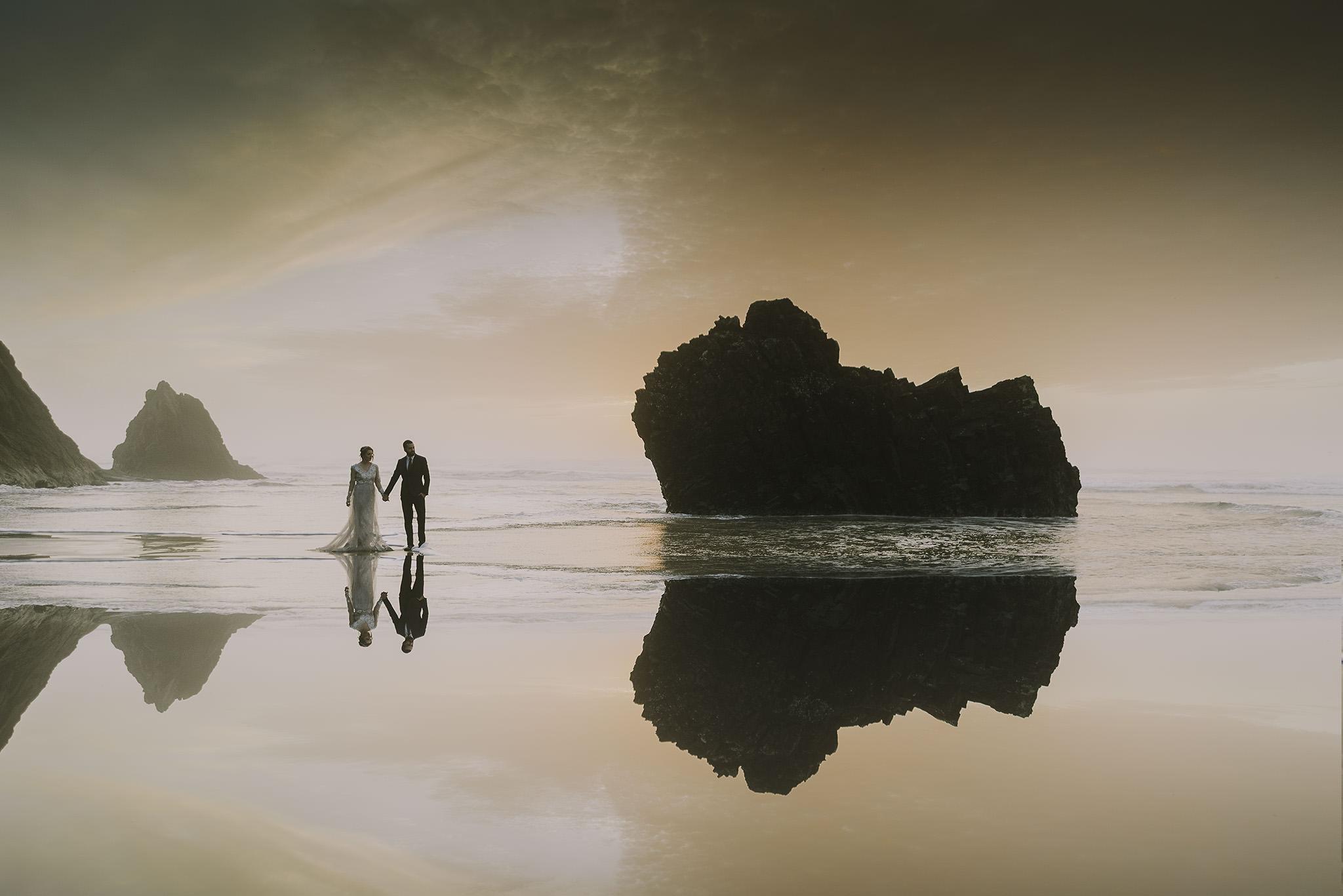 Hug-point-oregon-elopement-engagement-beach-photographer-