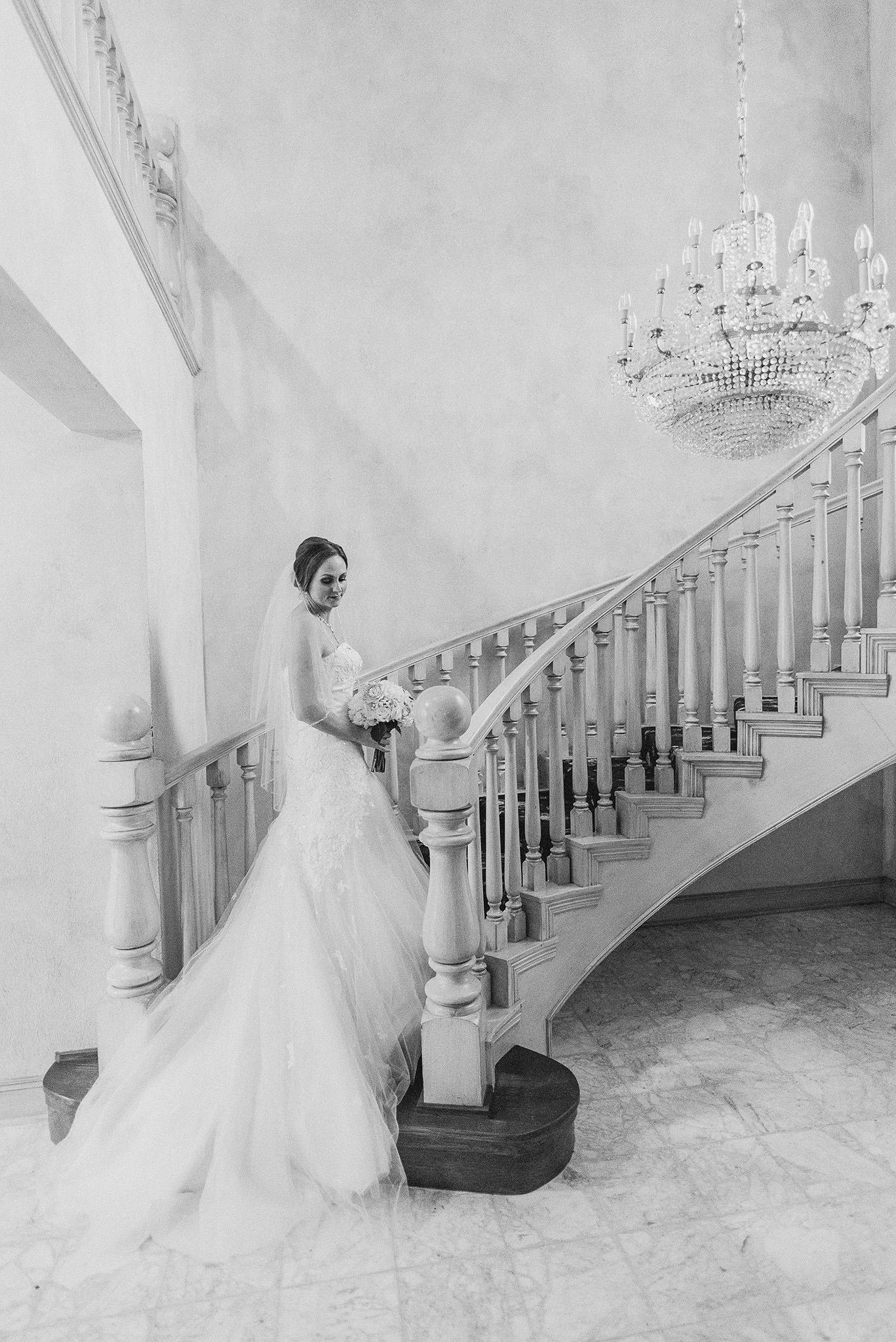 Ashelynn-manor-wedding-photographer-magnolia-texas