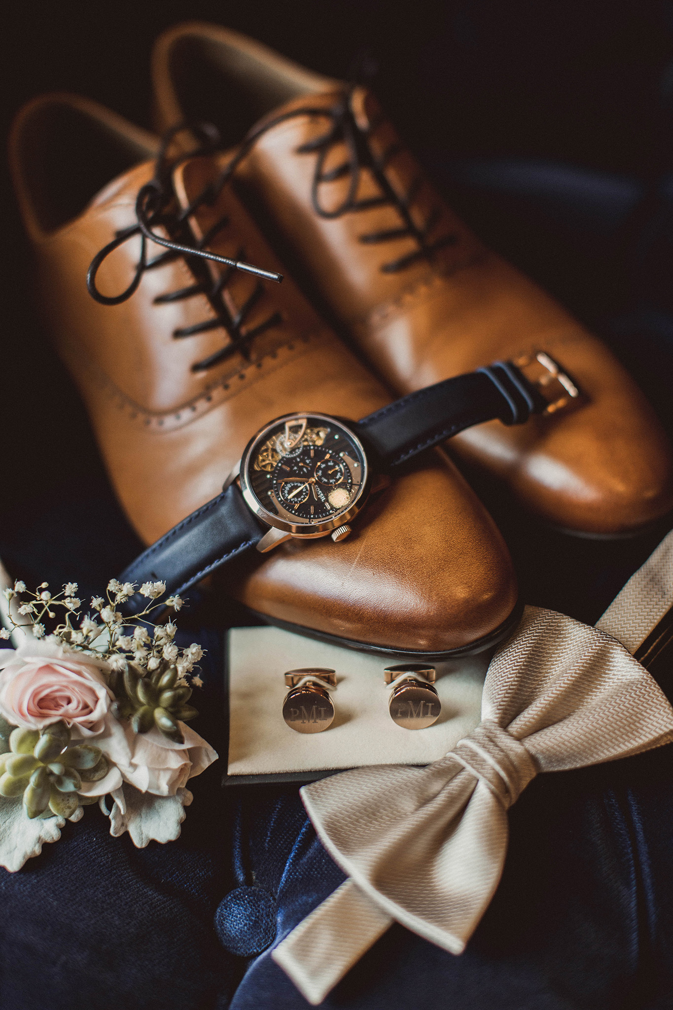 Copy of houston-groom-detail-photographer