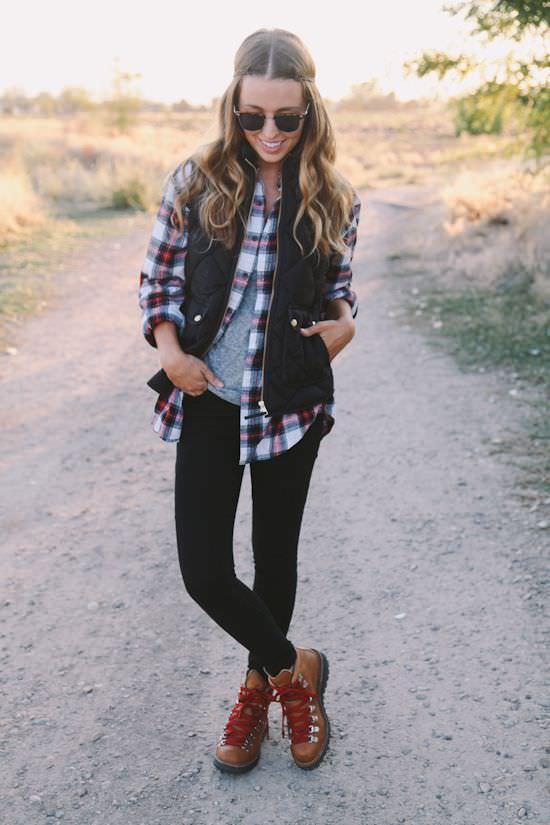 2027133a17ec09a567b5f110b49856f7--fall-hiking-outfit-fall-winter-outfits.jpg