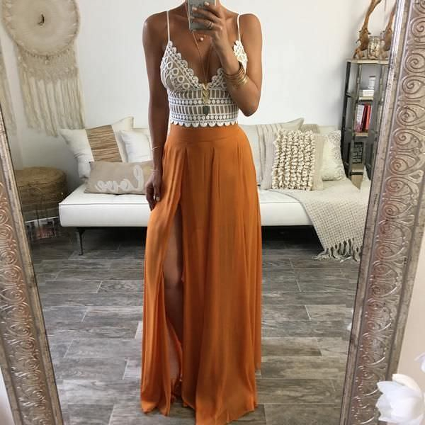 f5d20af1c388c850142b968948743084--boho-outfits-summer-bohemian-maxi-dress-bohemian.jpg
