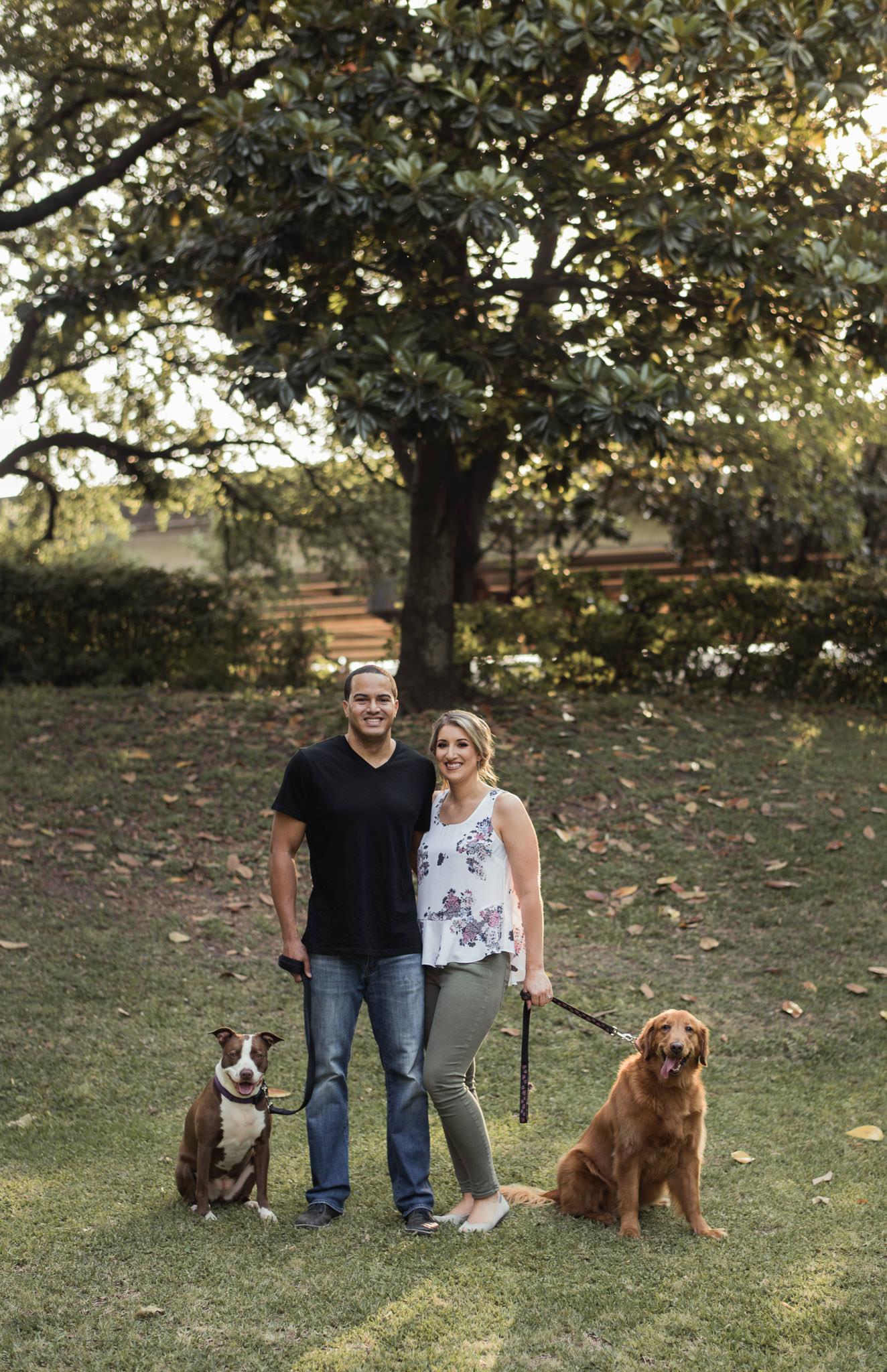 Sam-Houston-Park-Engagement-photographer