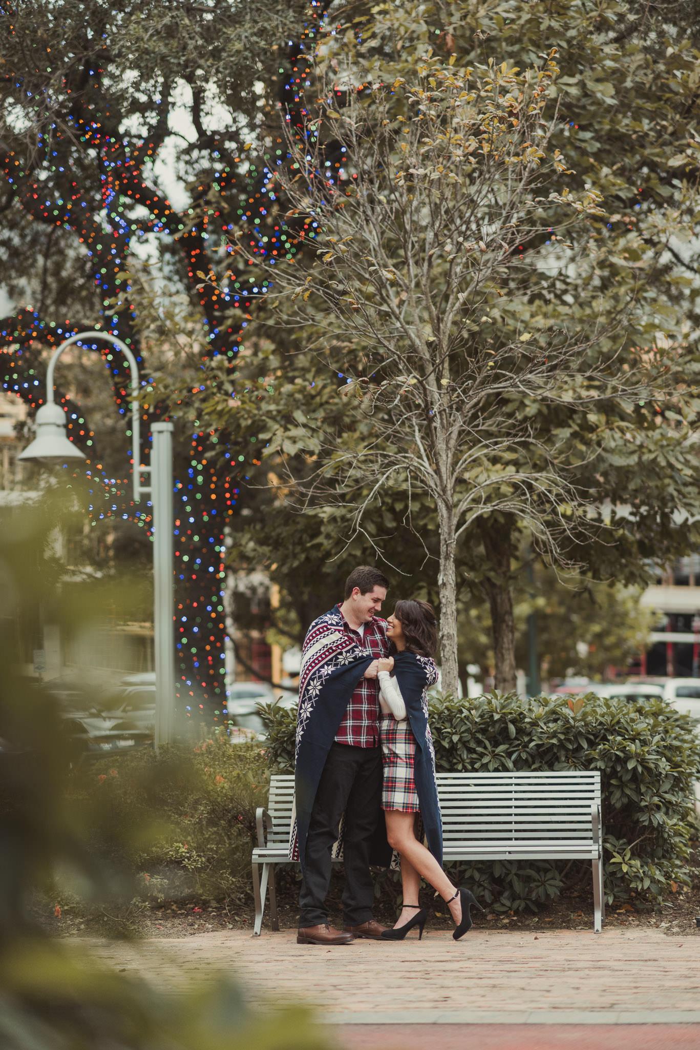 houston-main-street-lifestyle-colorful-holiday-engagement-photographer-market-square