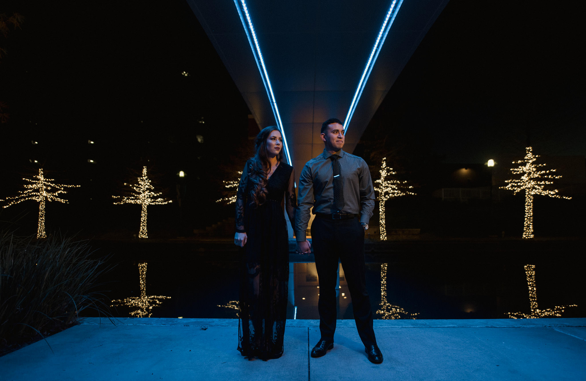 woodlands-houston-waterway-night-enchanted-romantic-engagement-photographer