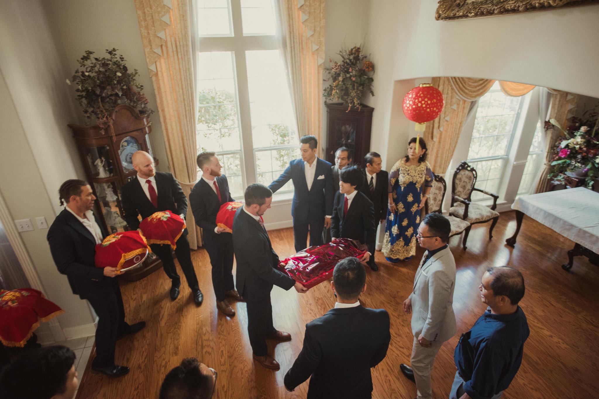 kim-michael-houston-vietnamese-tea-ceremony-engagement-downtown-boulevard-oaks-photographer-23.jpg