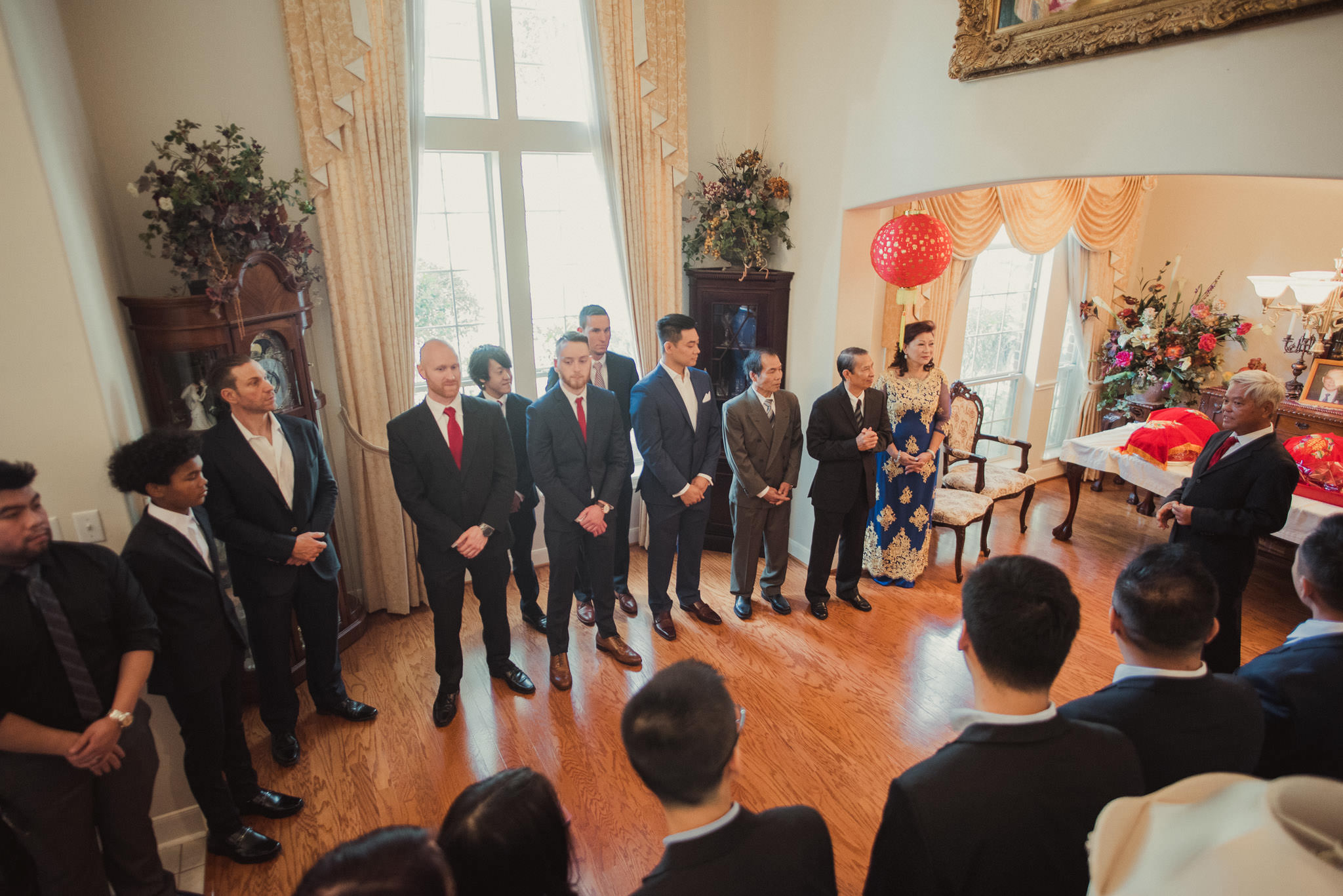 kim-michael-houston-vietnamese-tea-ceremony-engagement-downtown-boulevard-oaks-photographer-24.jpg