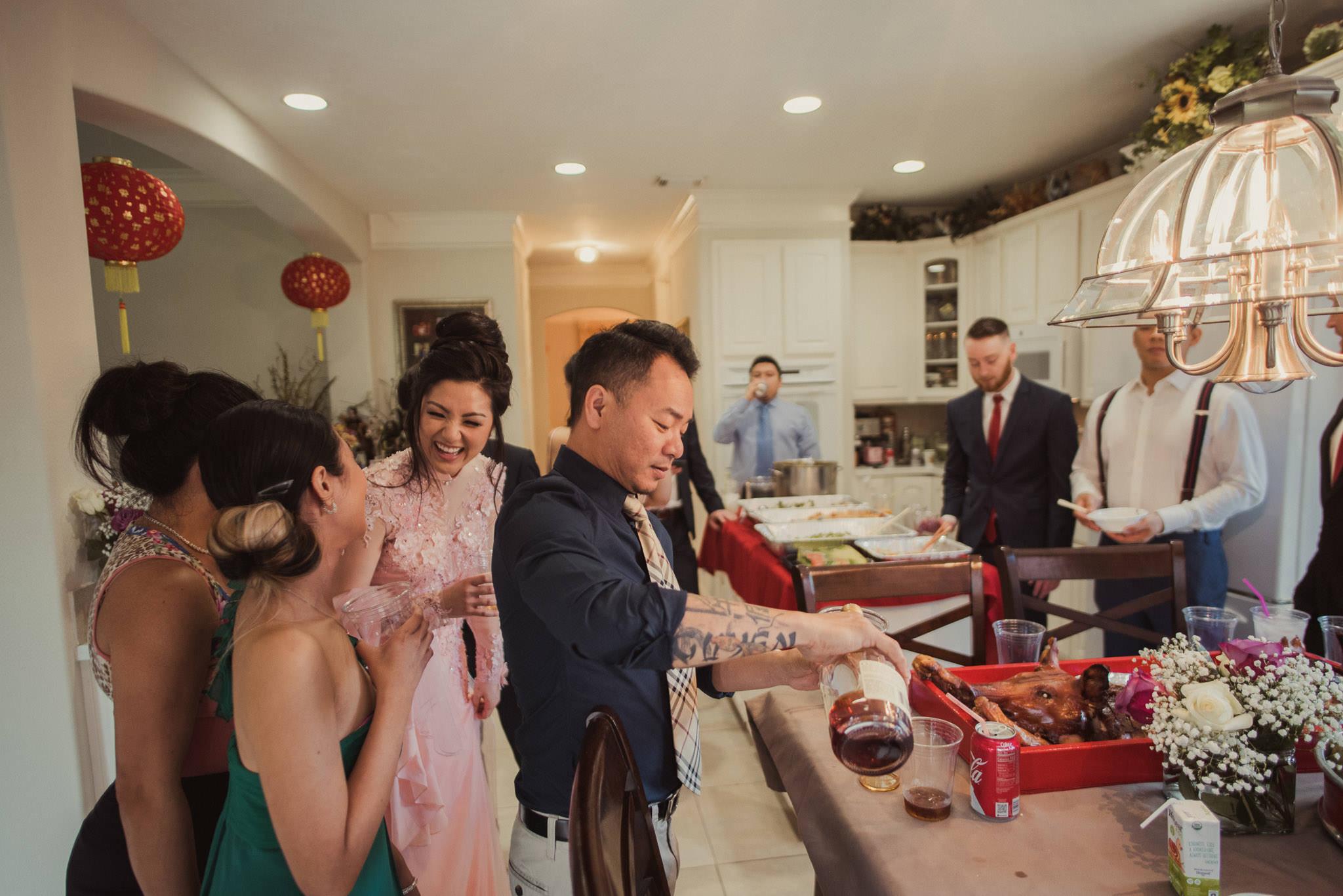 kim-michael-houston-vietnamese-tea-ceremony-engagement-downtown-boulevard-oaks-photographer-43.jpg