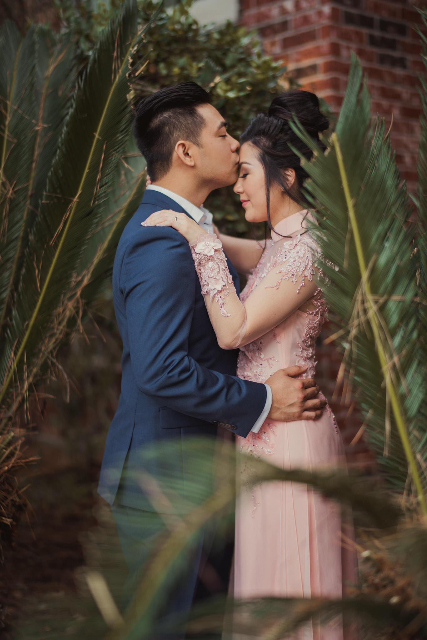 kim-michael-houston-vietnamese-tea-ceremony-engagement-downtown-boulevard-oaks-photographer-51.jpg