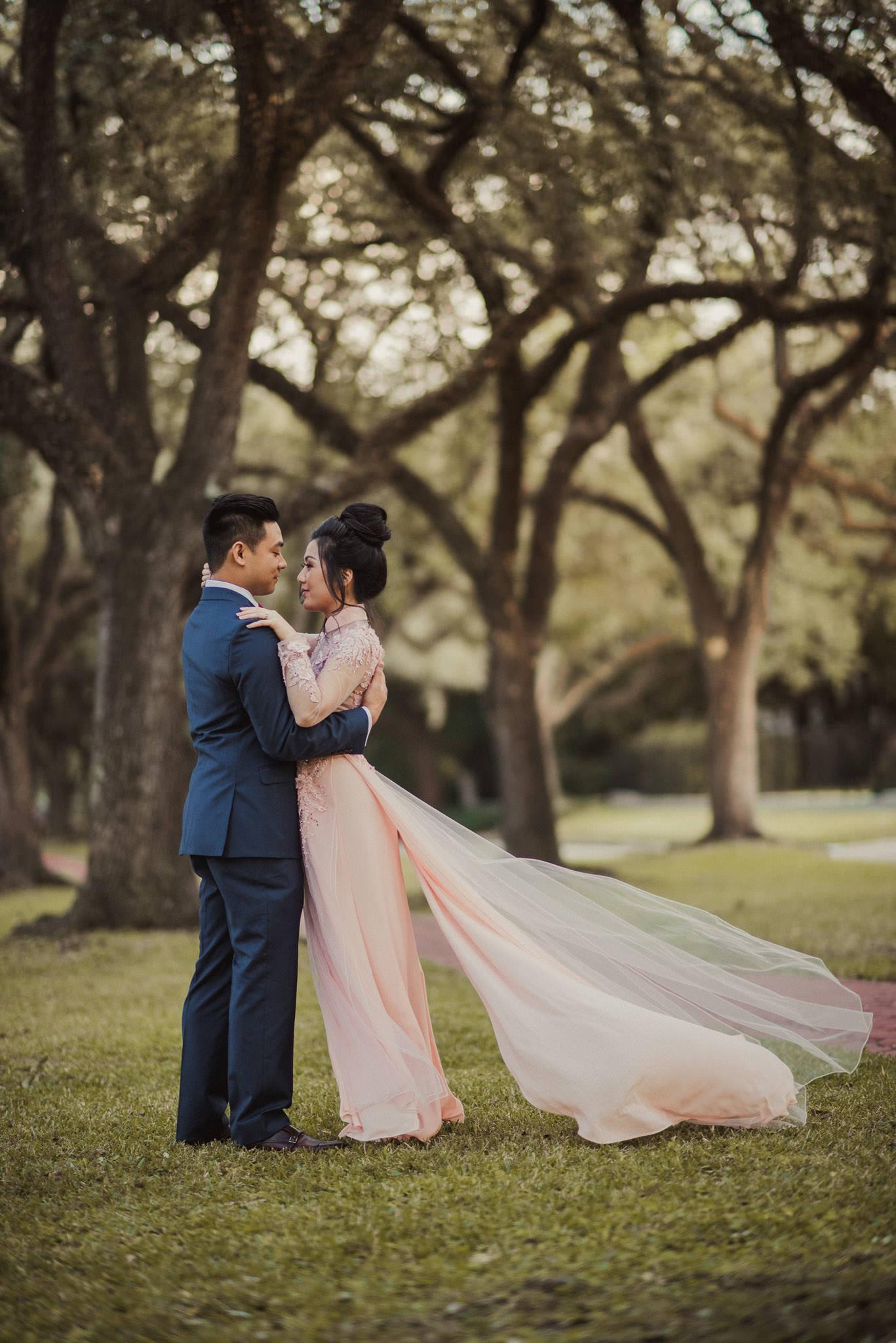 houston-vietnamese-tea-ceremony-photographer-engagement