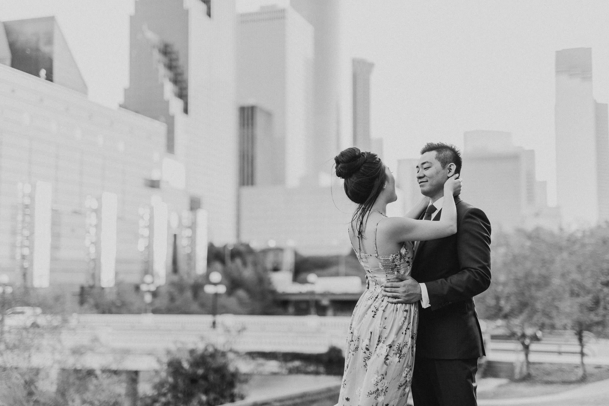 vietnamese-engagement-downtown-houston-golden-hour-sunset-photographer