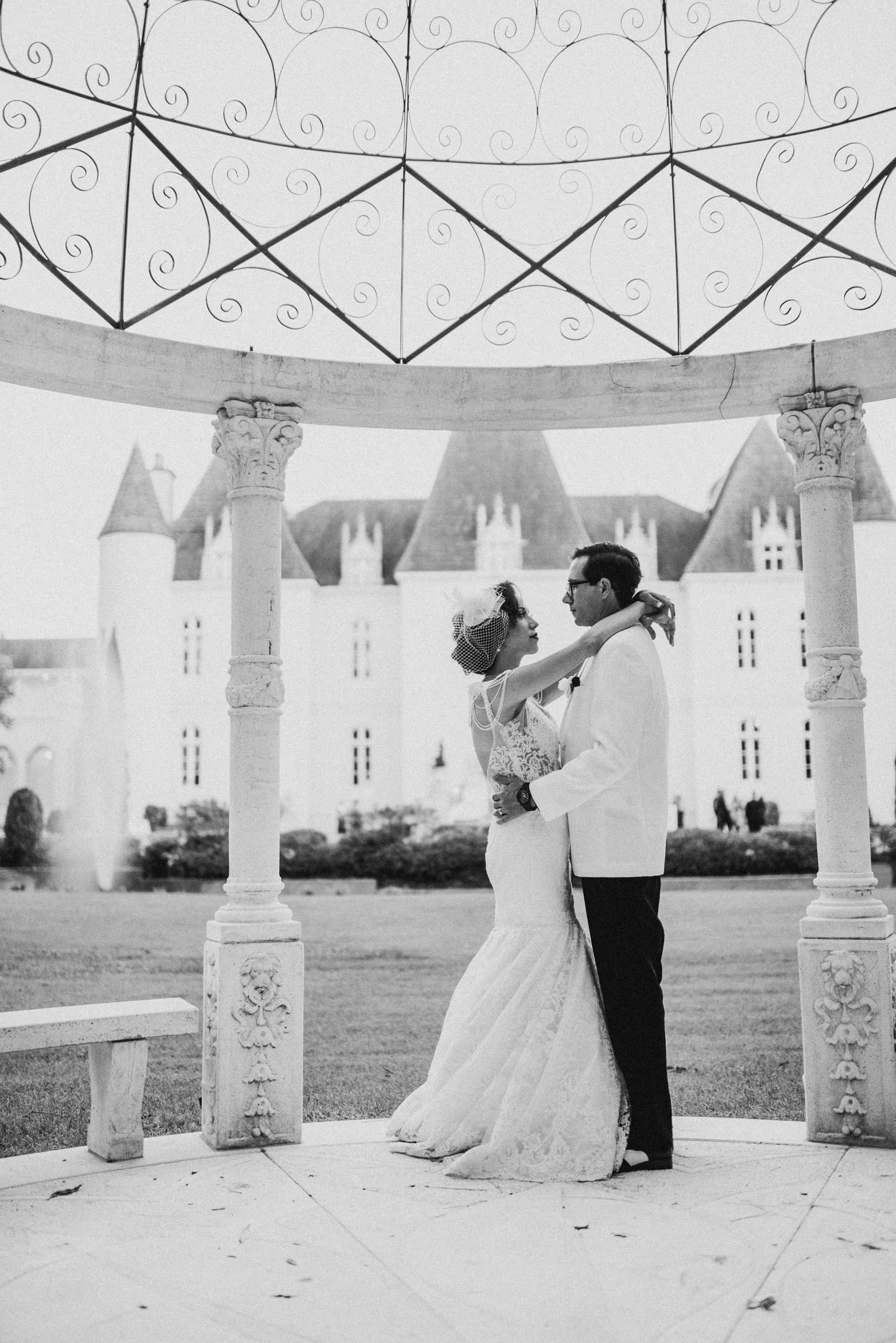 houston-vintage-black-white-1920s-chateau-cocomar-wedding-venue-photographer-fine-art-luxury