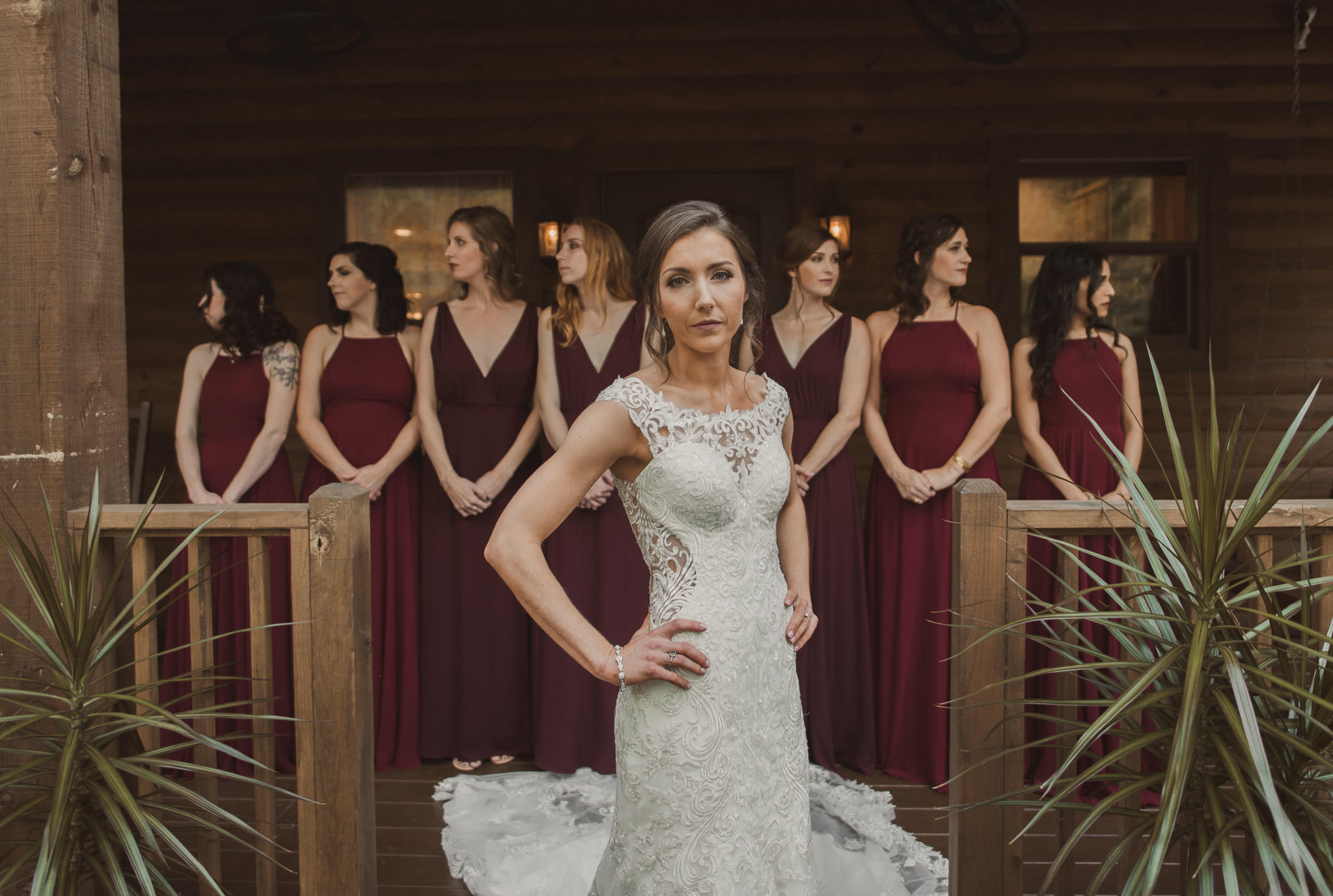 magnolia-bells-rustic-woodsy-houston-resort-wedding-photographer-cabin-cottage-bridesmaids
