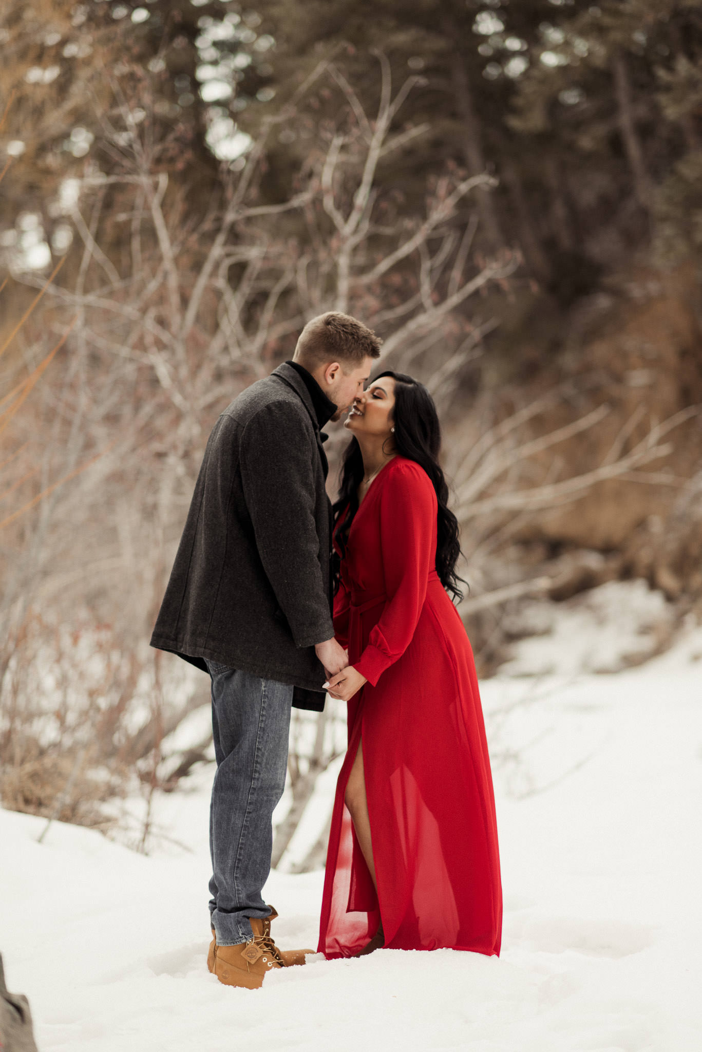 colorado-adventure-winter-snow-couples-engagement-photographer