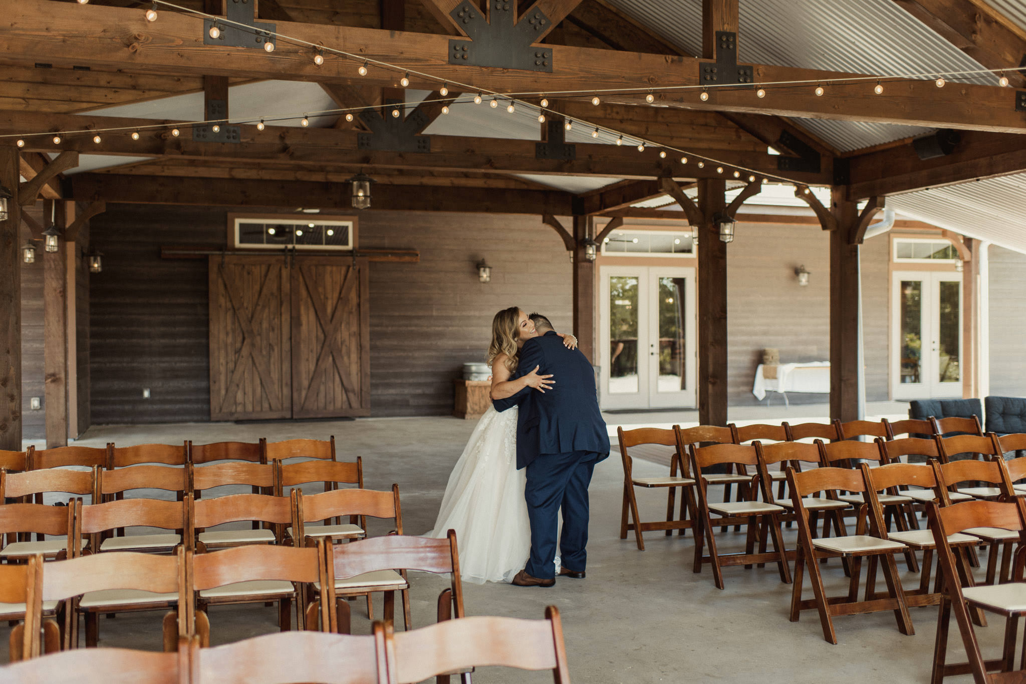 stephanie-gabe-peach-creek-ranch-wedding-college-station-houston-photographer-44.jpg