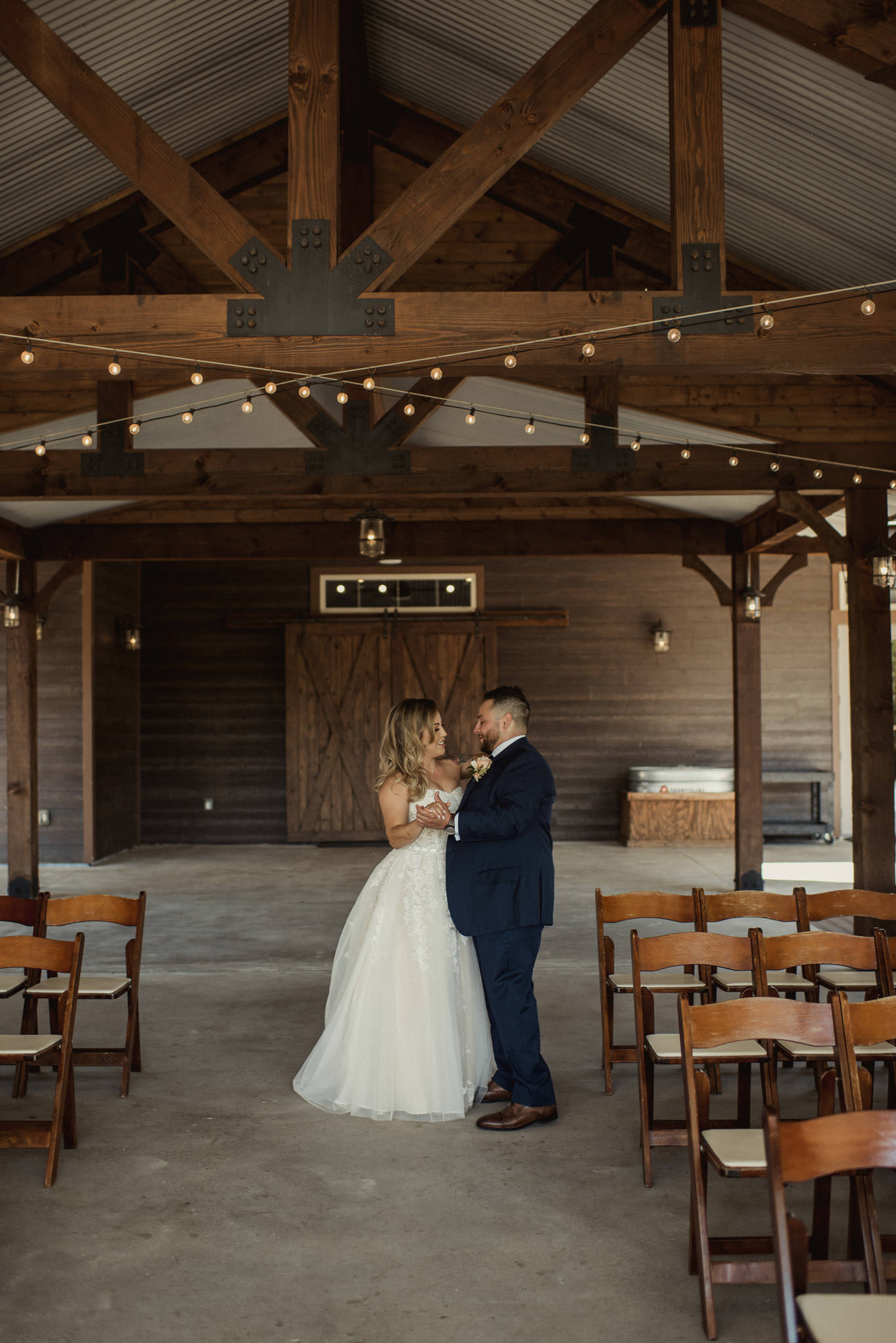 stephanie-gabe-peach-creek-ranch-wedding-college-station-houston-photographer-46.jpg