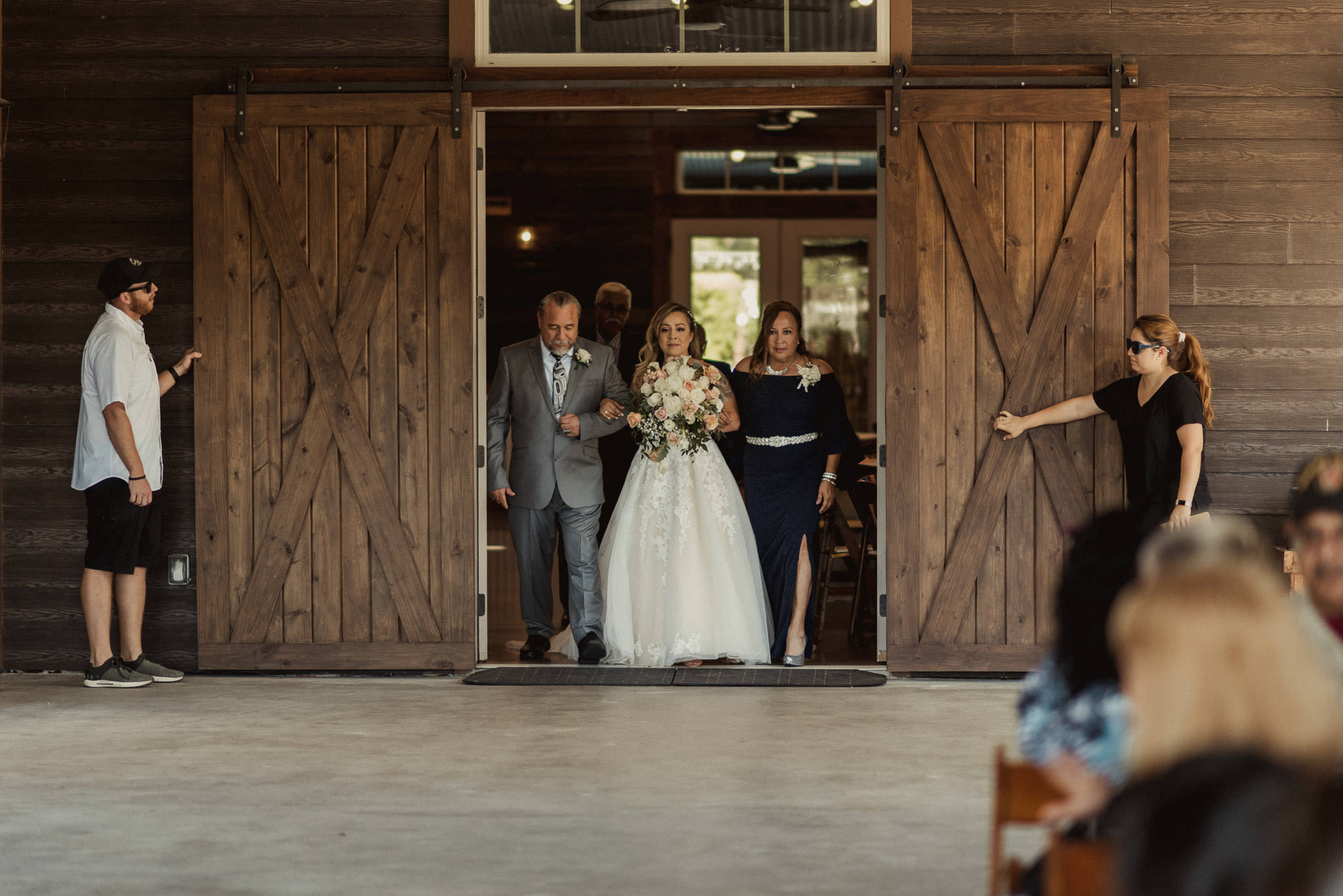 stephanie-gabe-peach-creek-ranch-wedding-college-station-houston-photographer-53.jpg
