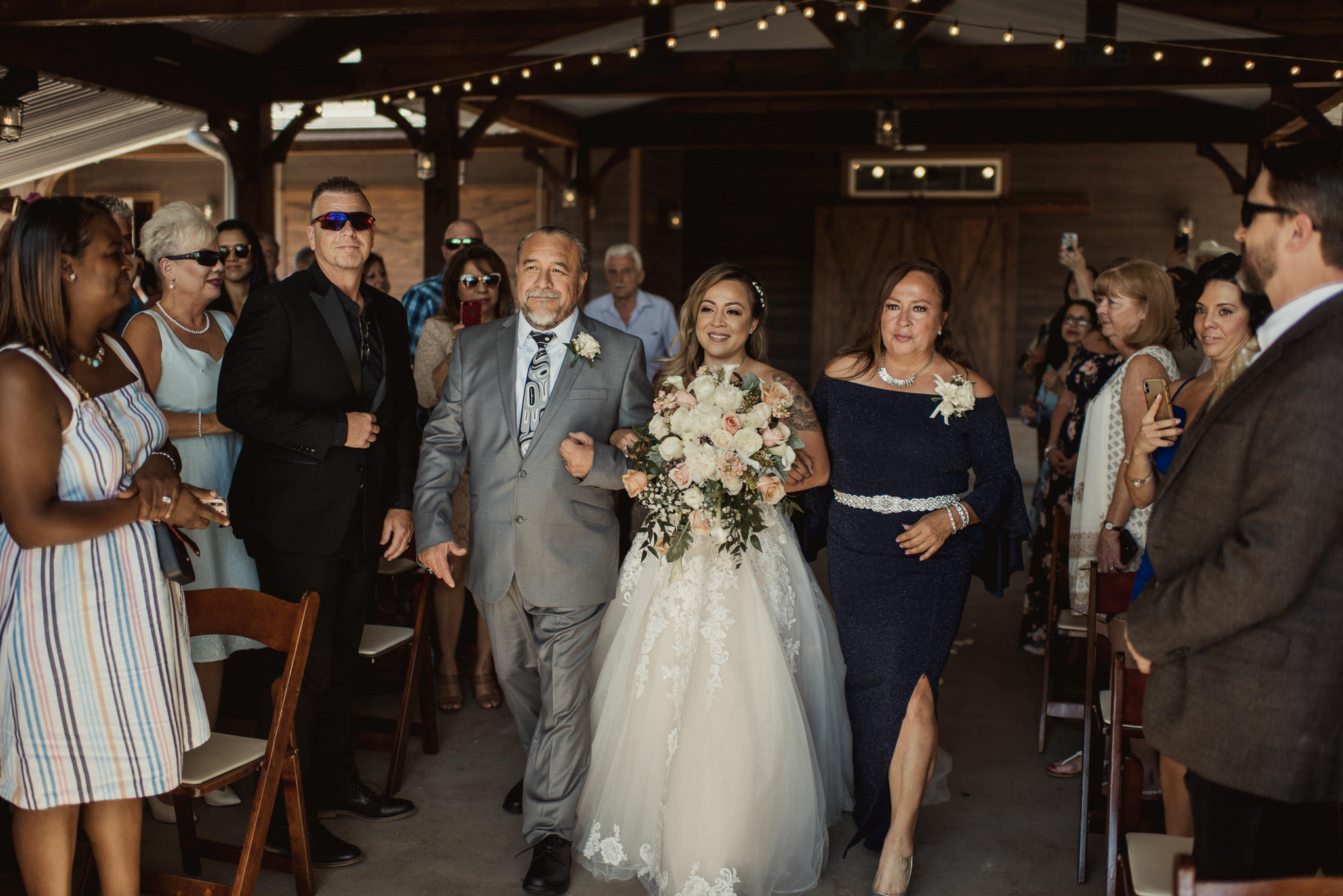 stephanie-gabe-peach-creek-ranch-wedding-college-station-houston-photographer-55.jpg