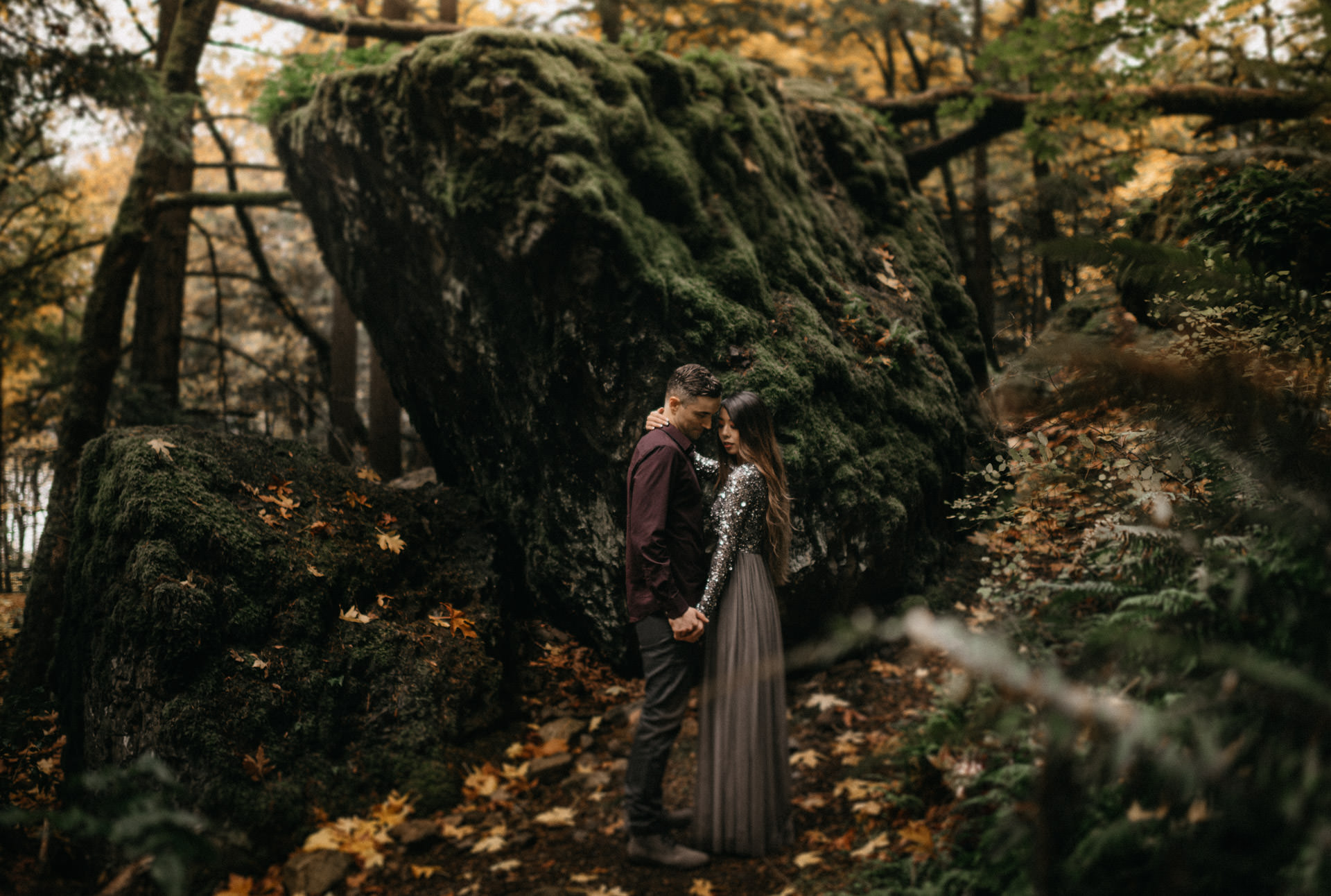 oregon-columbia-river-gorge-starvation-creek-adventure-engagement-photographer