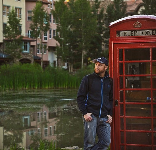Hey everybody! Hope your summer is going great! Just wanted to say hi 👋🏼 from the guy behind the camera. This is me waiting for a phone call from you. 😆 • • • • • • #lifeofaphotographer #weddingphotographer #behindthelens #behindthecamera #manbehindthebrand #telluridemountainvillage #telluridecolorado #englishphonebooth #phonebooth #redphonebooth #houstonphotographers #houstonphotography #houstonweddingphotographer #coloradolove #ilovethemountains