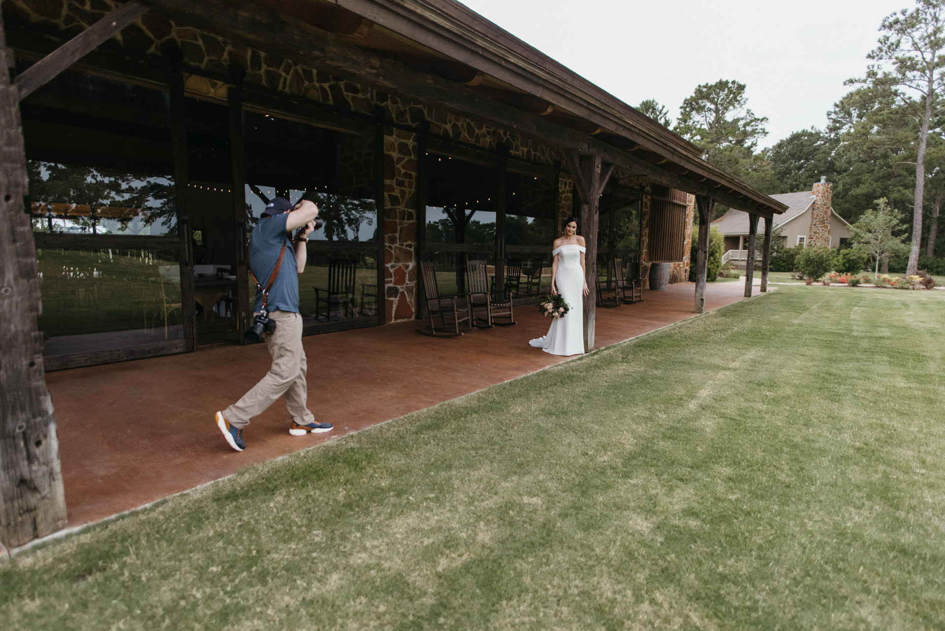behind-the-scenes-vine-new-ulm-styled-session-houston-photographer