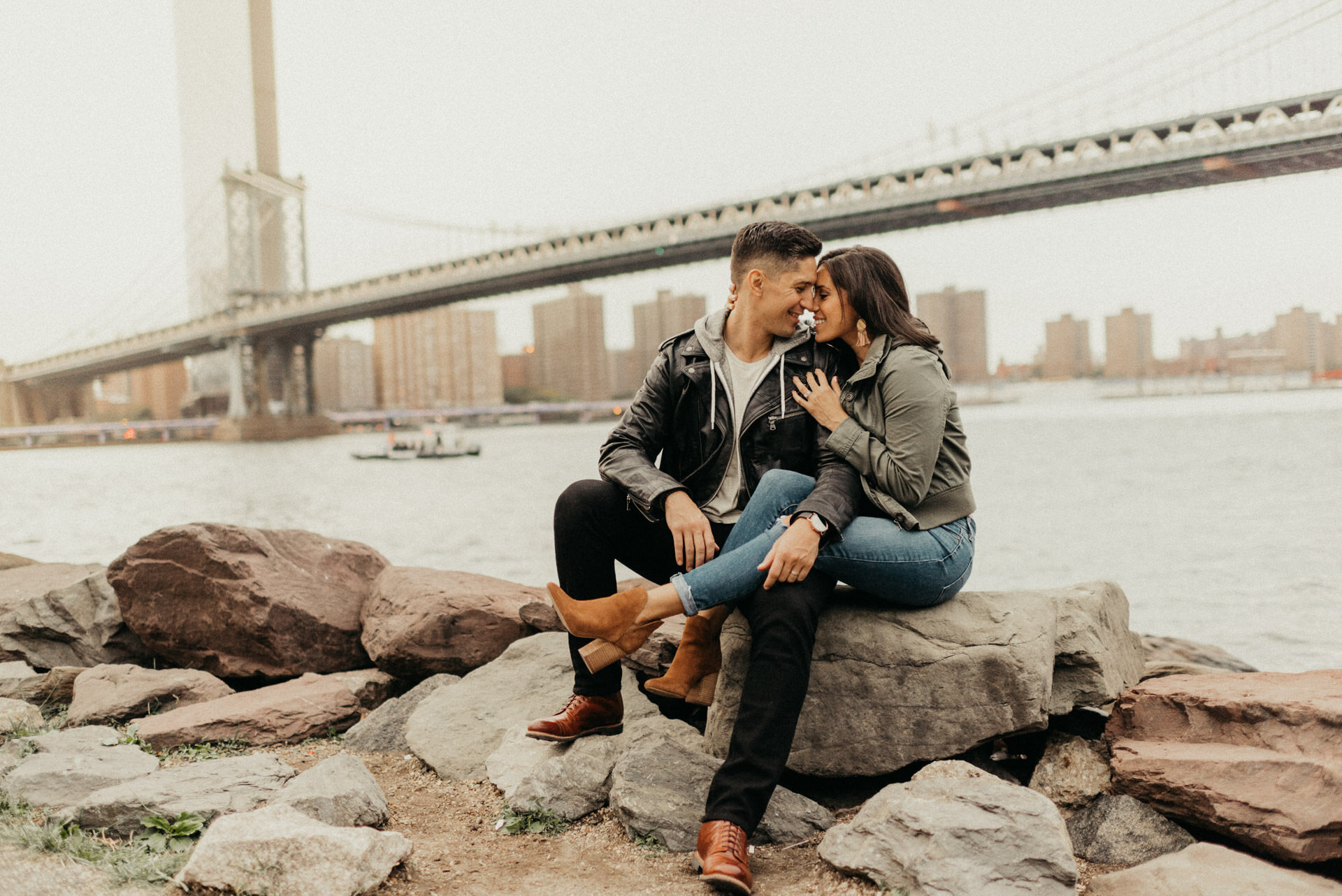 new-york-brooklyn-dumbo-couples-engagement-session-photographer