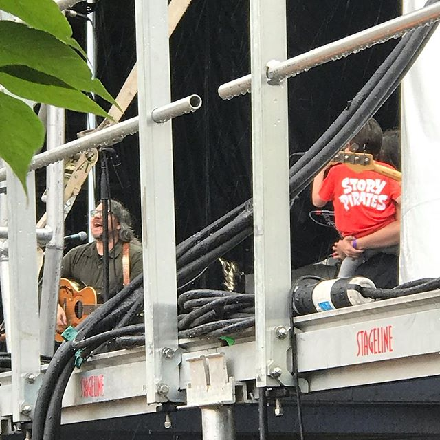 In the closing moments of @solidsoundfest, this kid in a @storypirates shirt sang onstage with Jeff Tweedy and I managed to get a pic from the side of the stage. Love this festival. Thanks for having us back @wilco! #wilco #solidsound #solidsound2019 #massmoca #storypirates