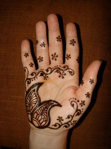 small_henna10.jpg